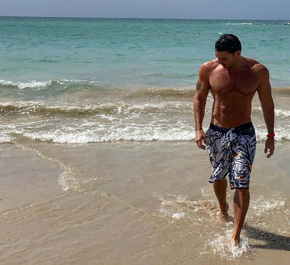 julian gil playa cuarentena