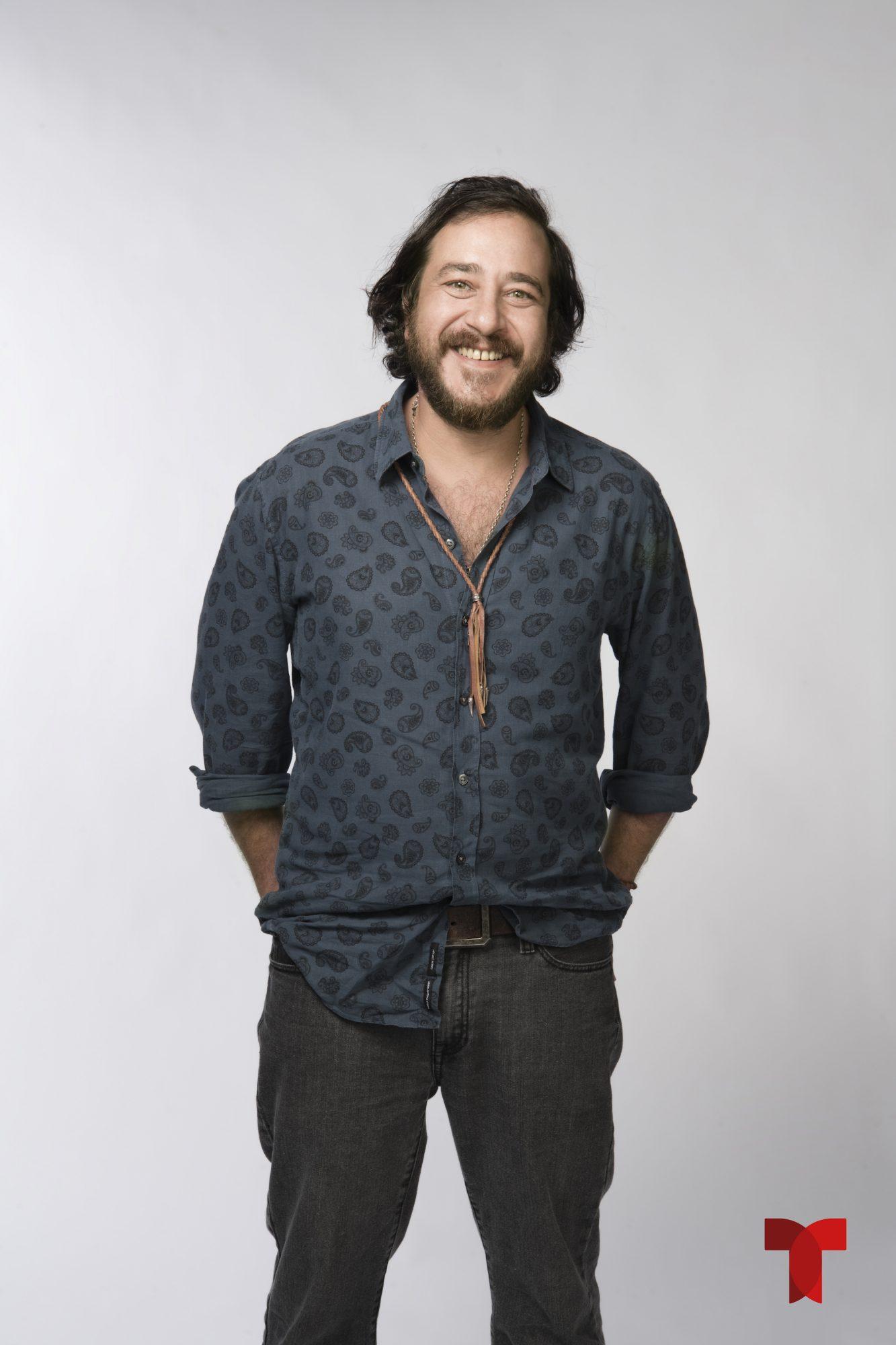 Andrés Almeida (Max)