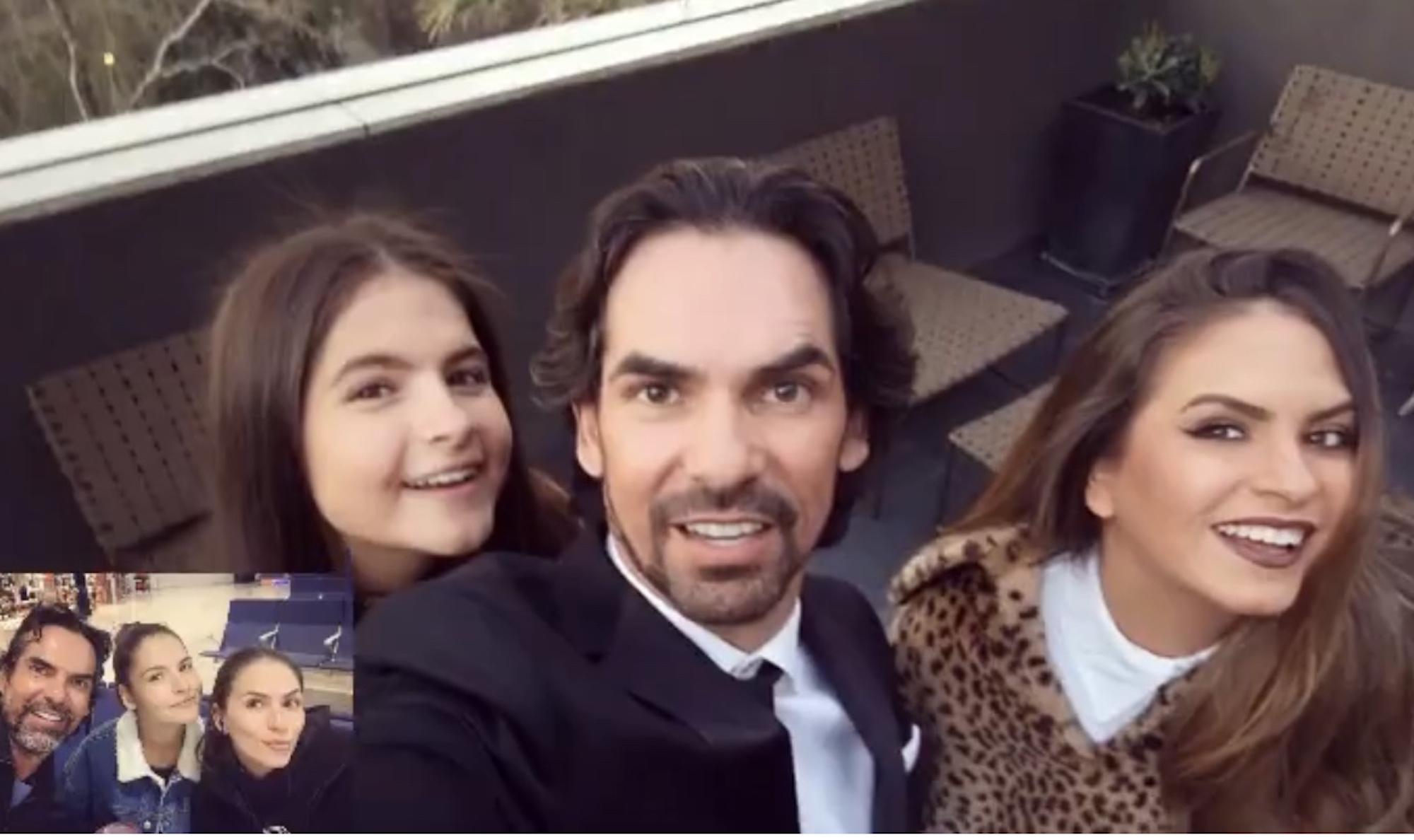 Armando Araiza e hijas