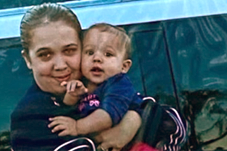Ashley Grome y su hija Madalyn Payton Slater