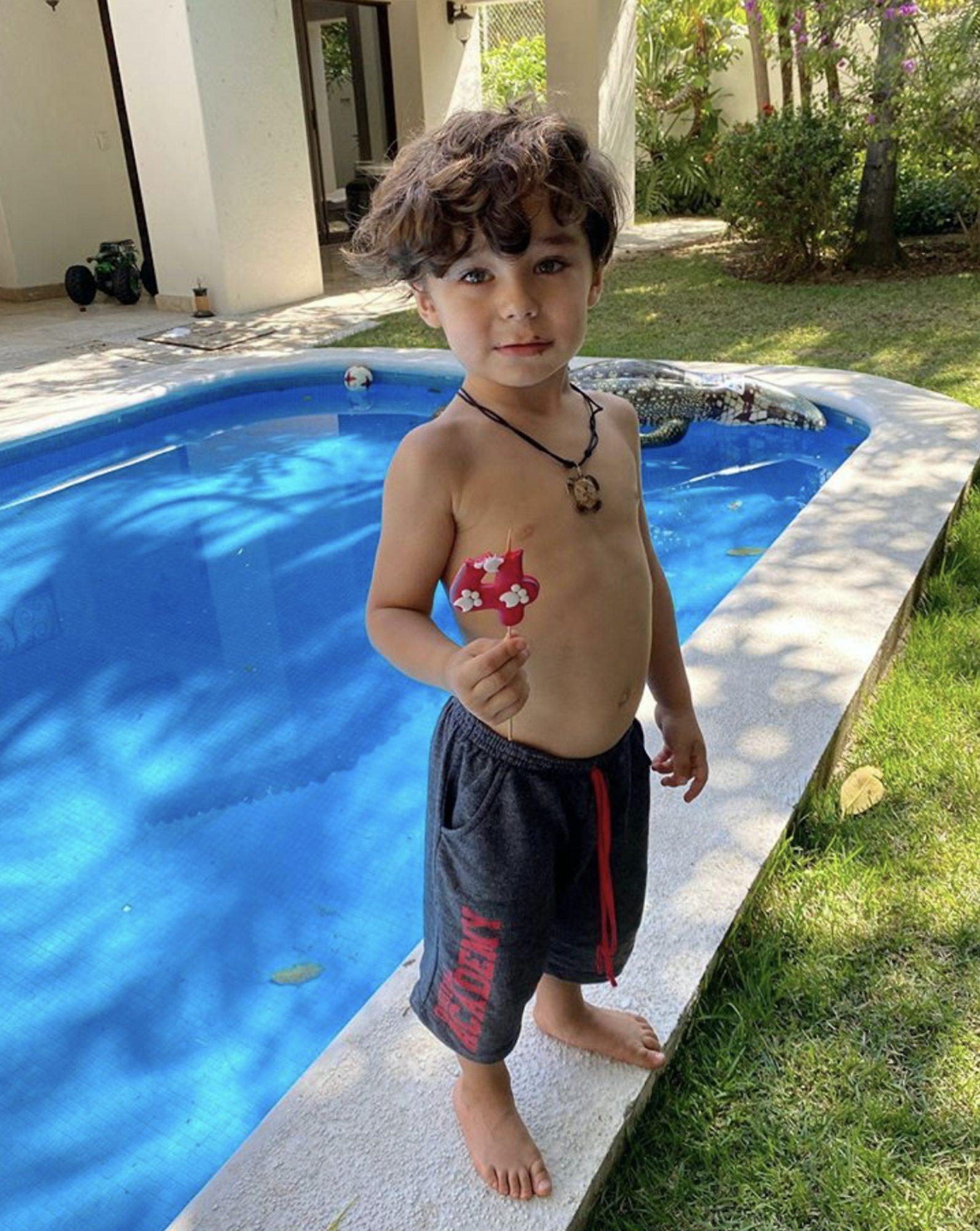 Hijo Ariadne Díaz
