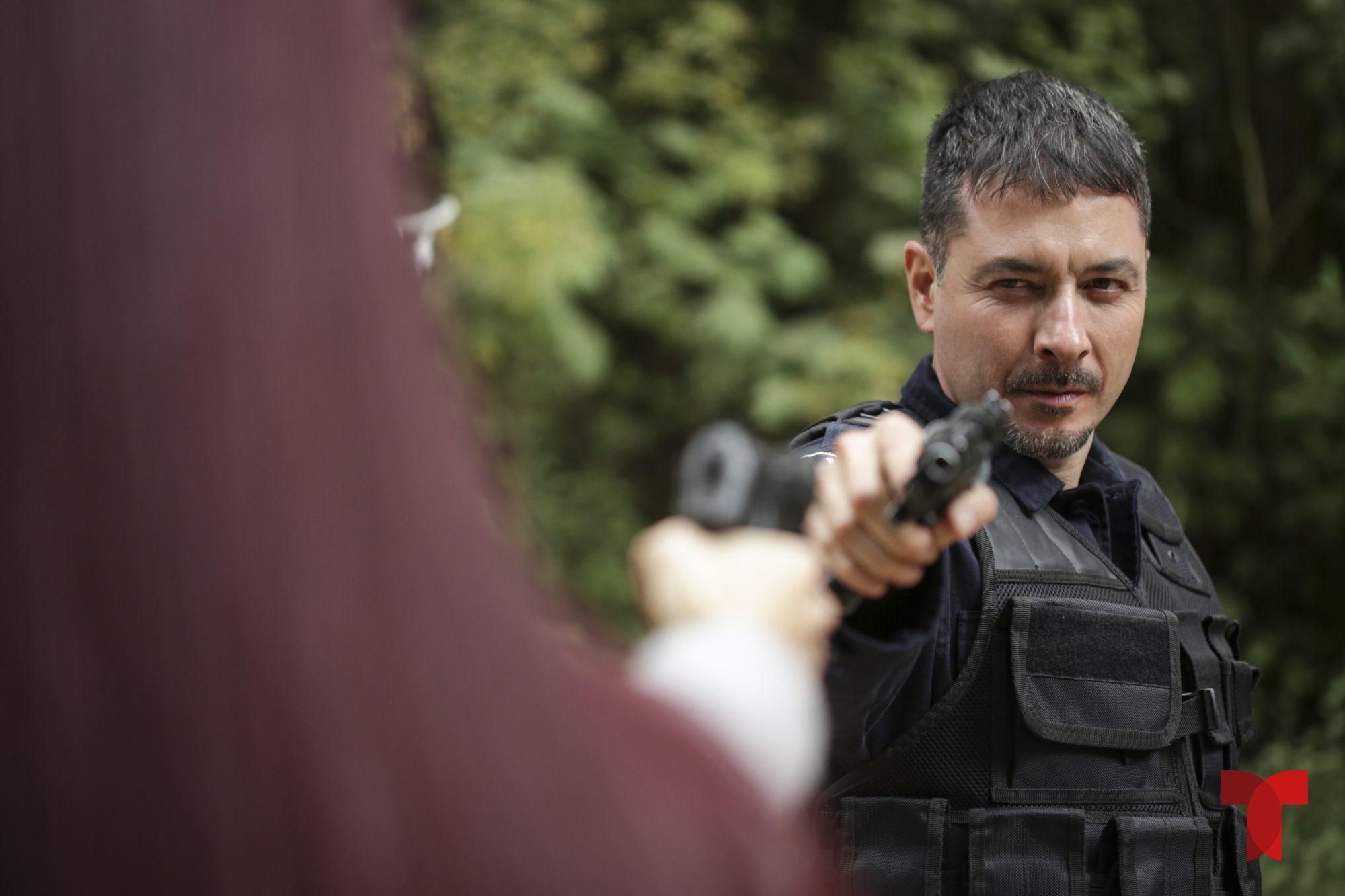 Raúl Méndez es Alejandro Ferrer