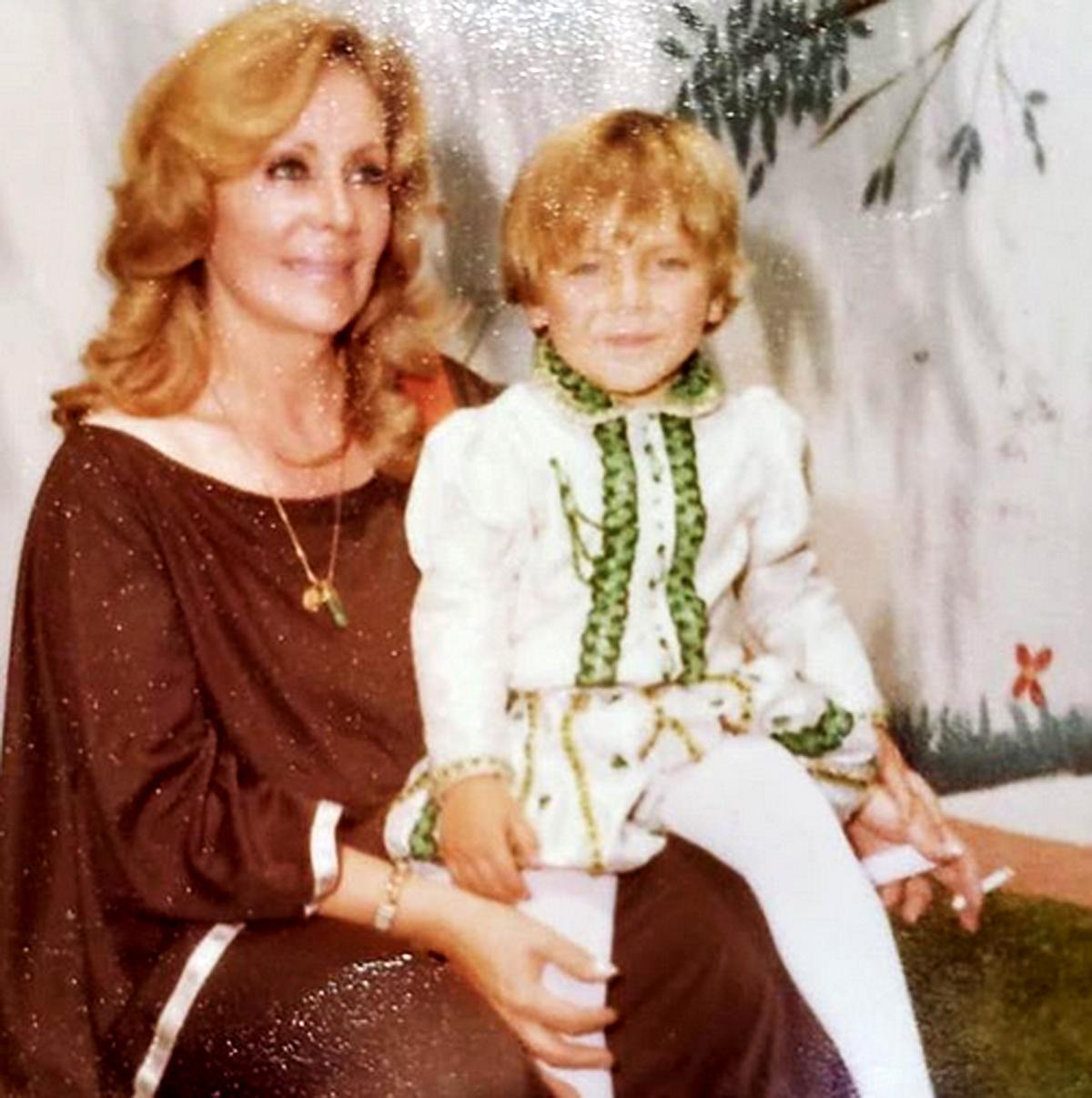 Cristian Castro abuela Socorro Castro