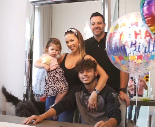 Ximena Duque y su hijo Cristan