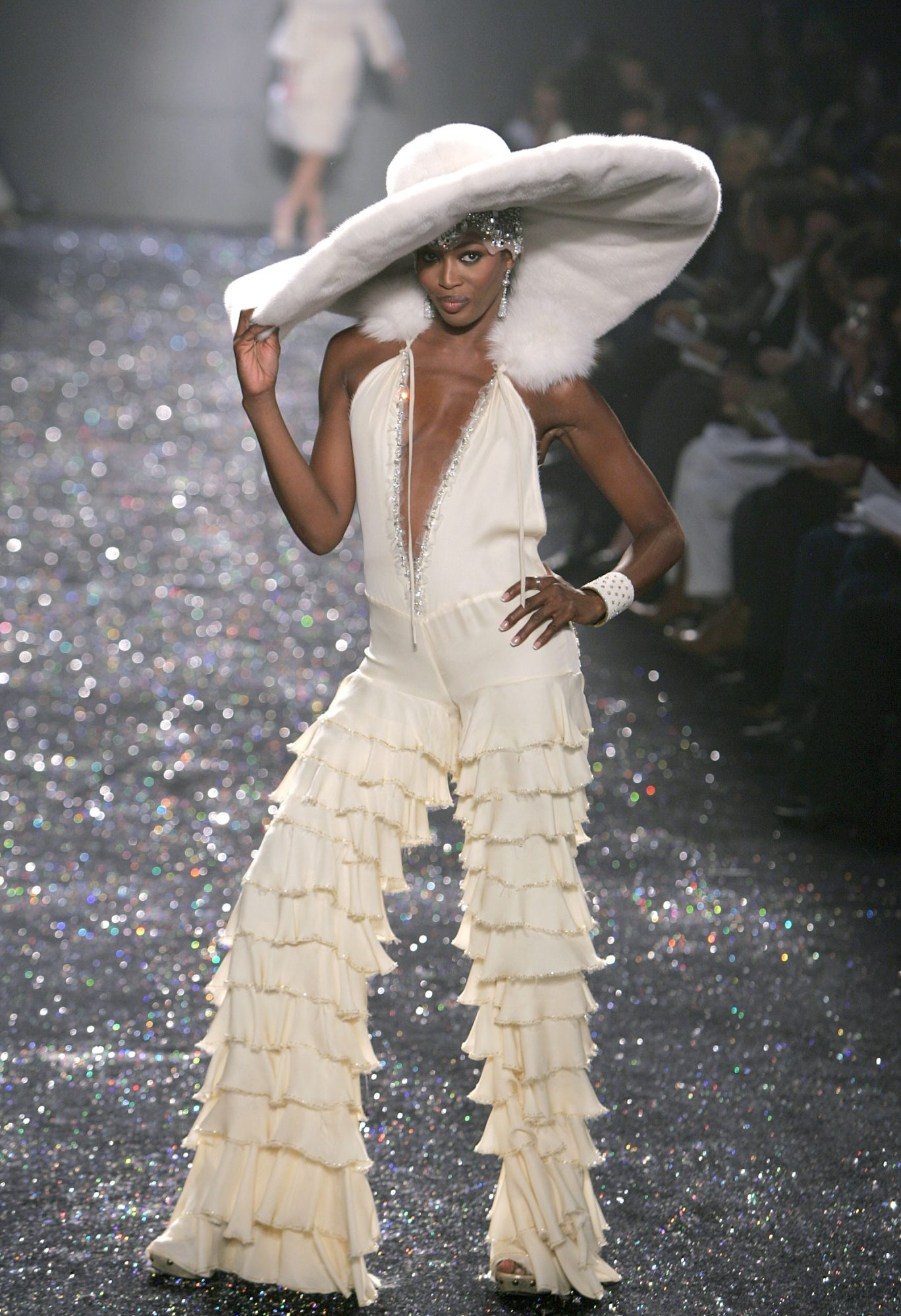 Naomi Campbell white hat