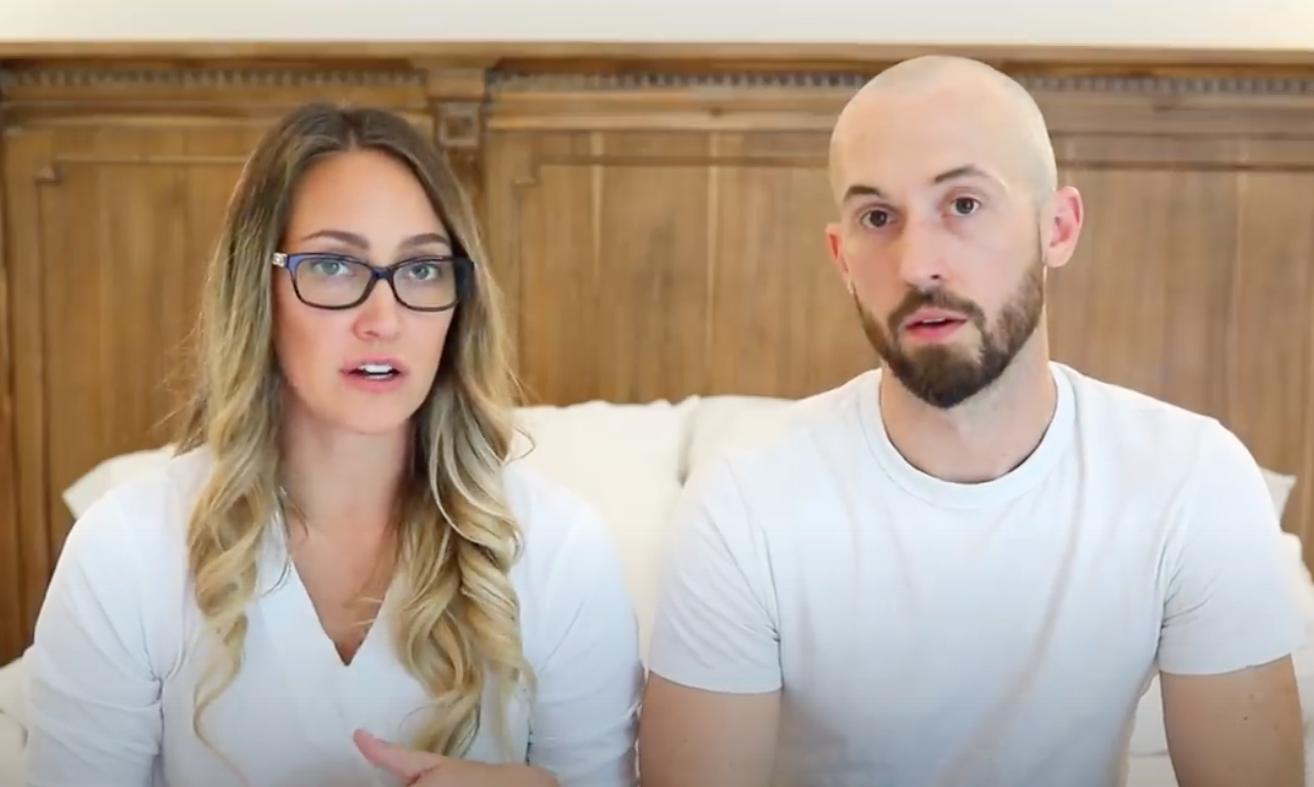 Myka Stauffer y su esposo James