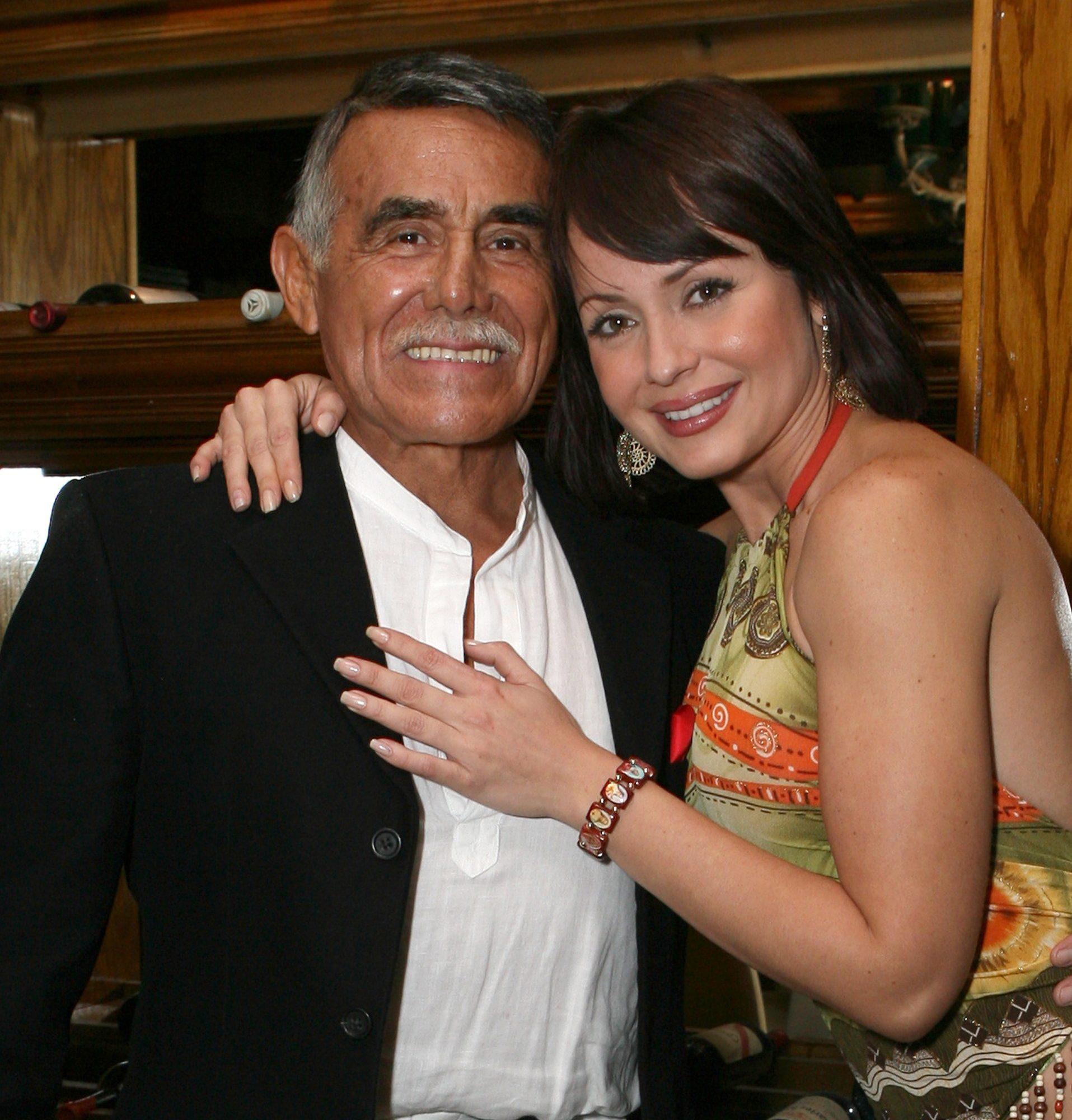 Gaby Spanic y Héctor Suárez