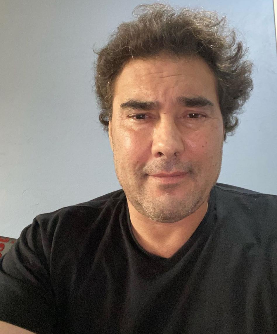 eduardo yanez selfie