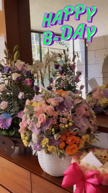 Barbara de Regil flores cumpleaños