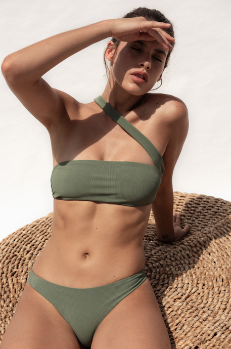 Jade Swim, summer