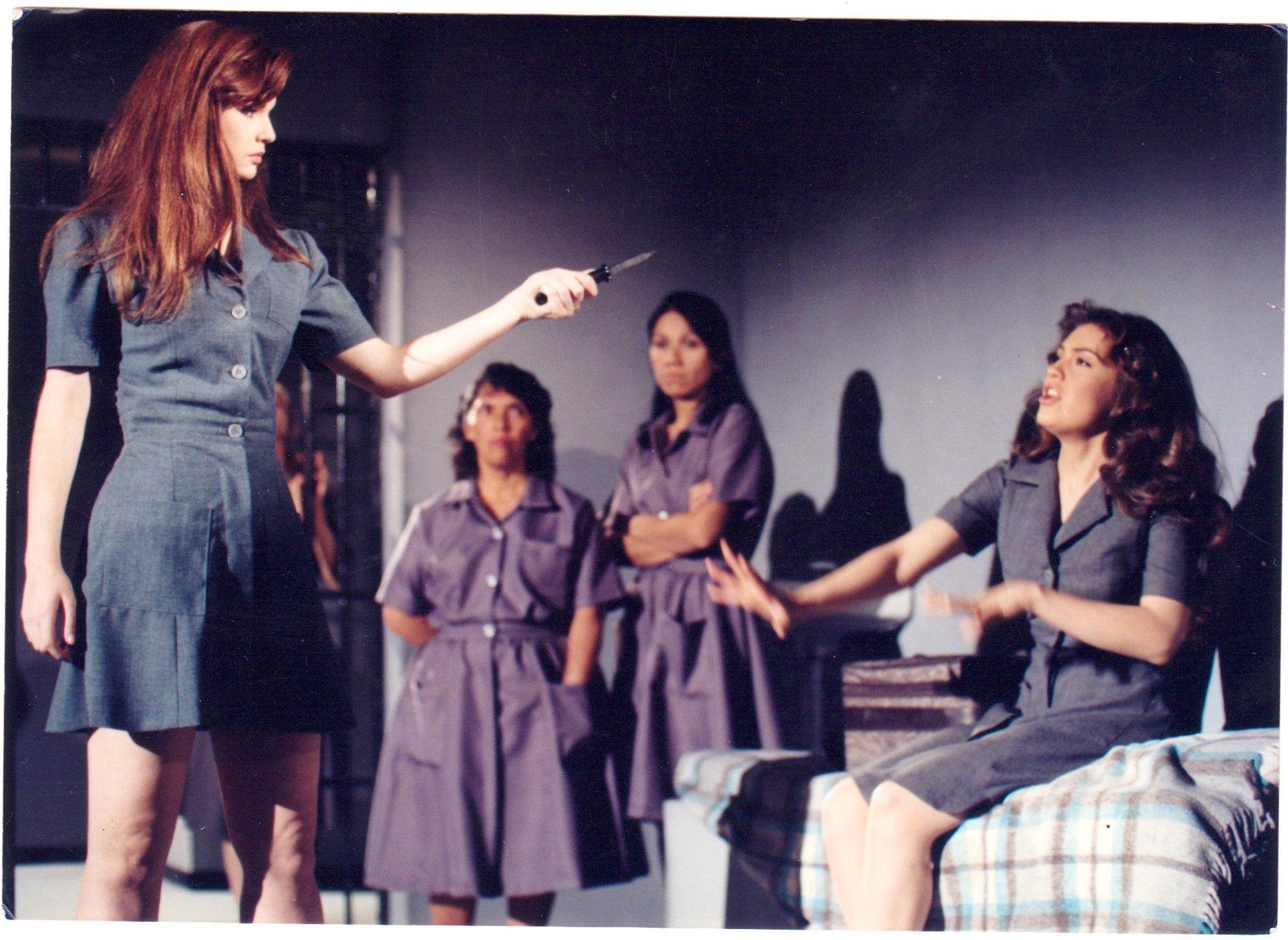 """Ana Patricia Rojo y Thalía en una escena de """"María la del Barrio"""""""