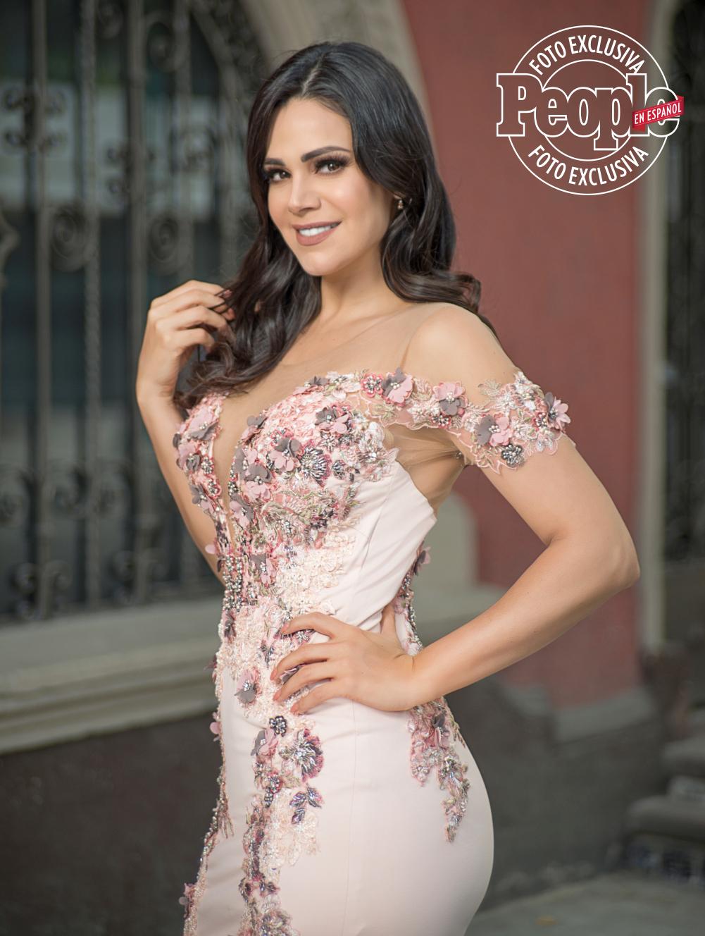 Luz Elena Gonzalez- ONE TIME USE