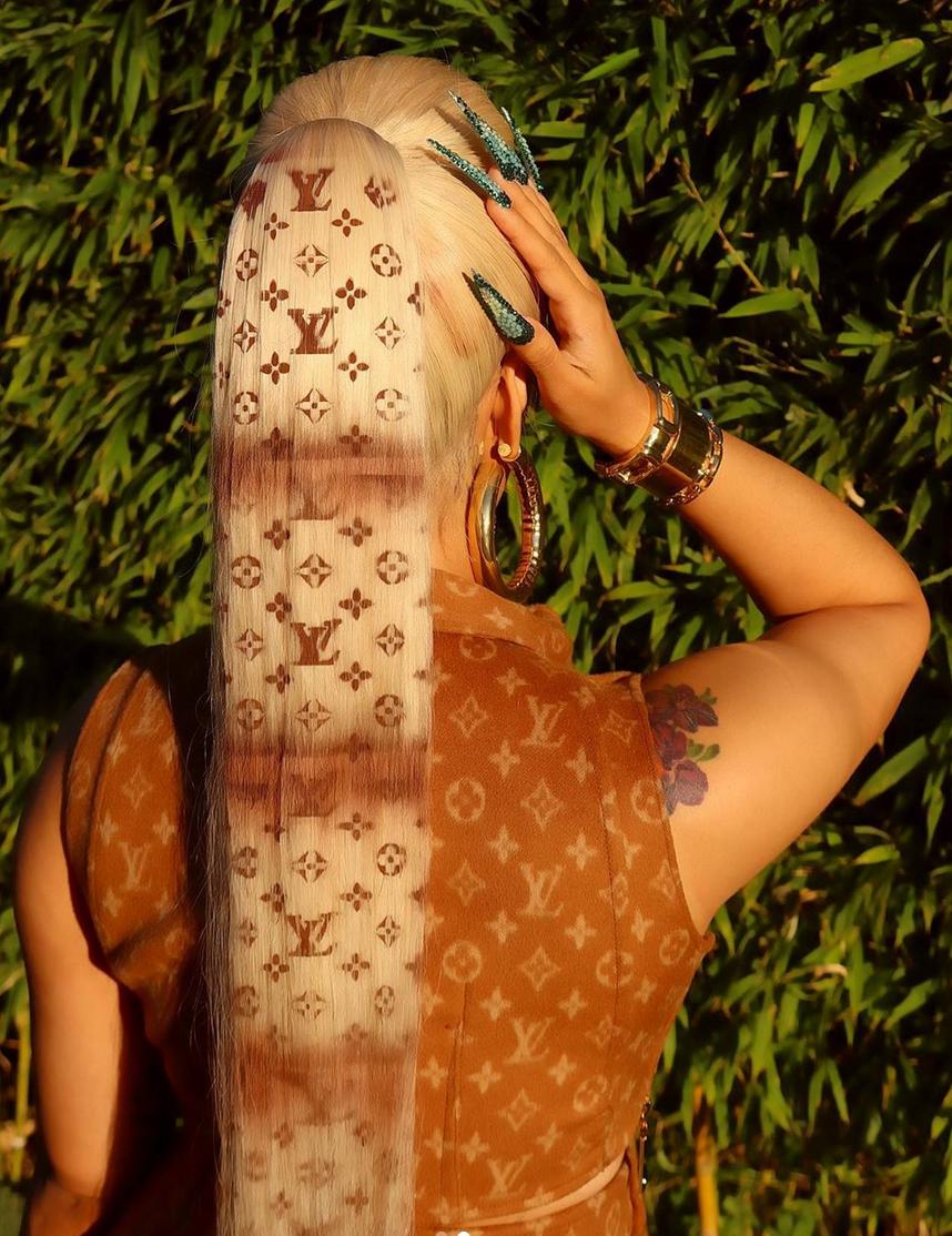 Cardi B, peinado, peluca, estilo, look, Louis Vuitton