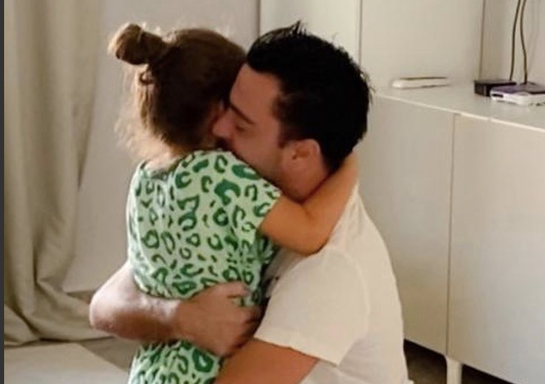 Xavi Hernández y su hija