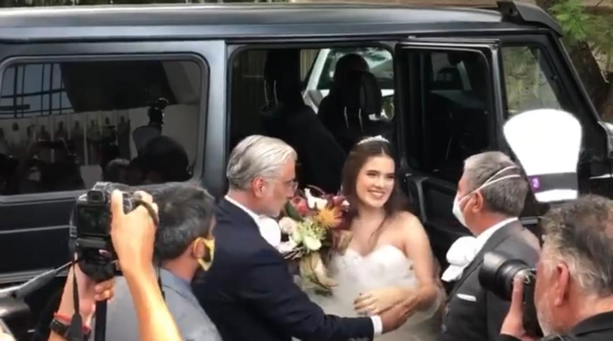 Alejandro Fernández llega a boda de su hija Camilla sin cubrebocas ...