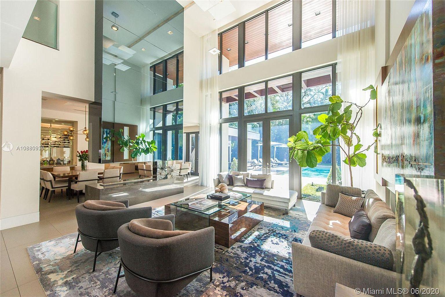 Ozuna Casa Nueva Miami