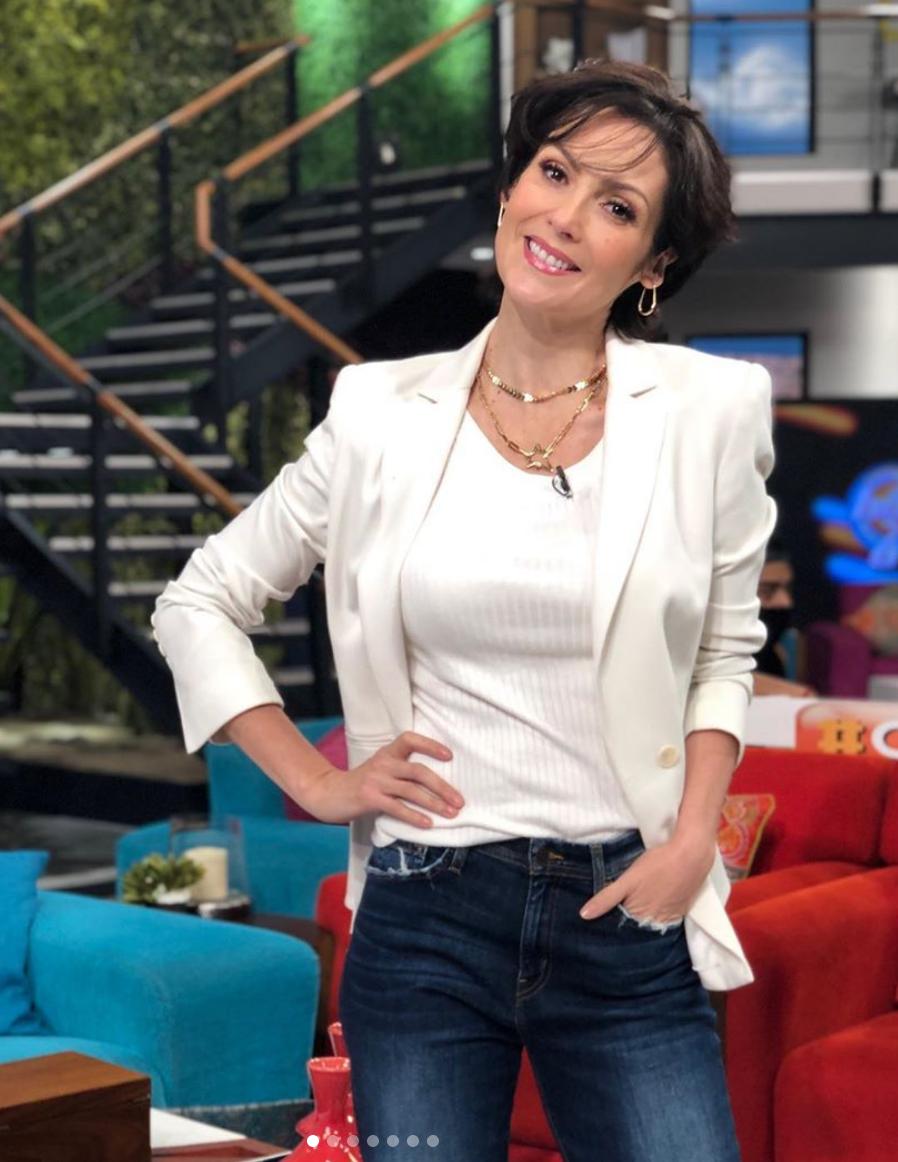 Nora Salinas, look, programa Hoy