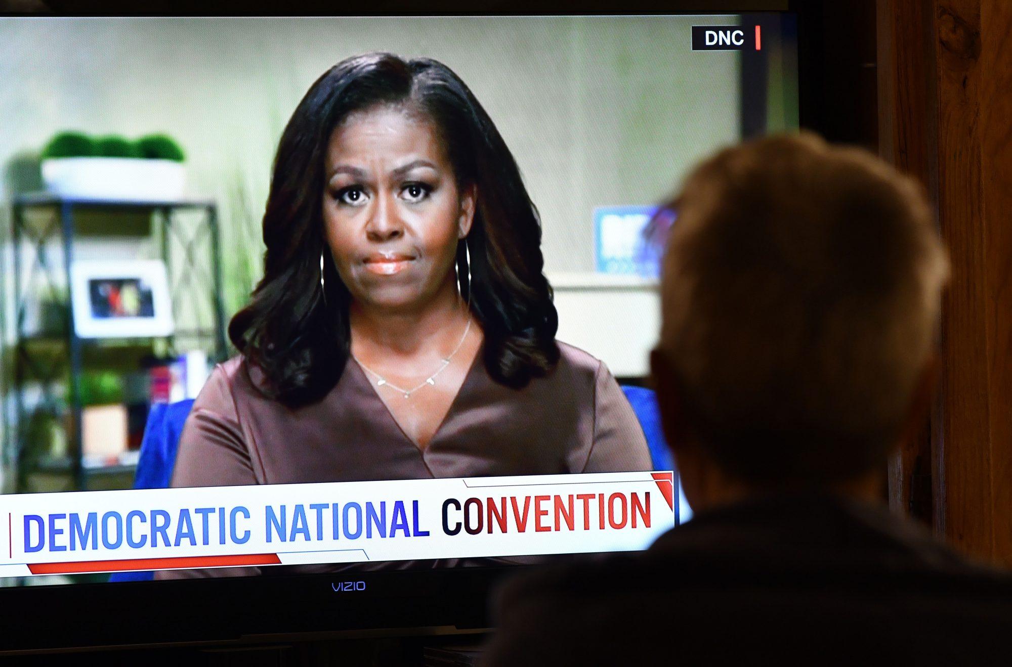 """Michelle Obama carga contra Donald Trump: """"Es el presidente equivocado para este país"""""""