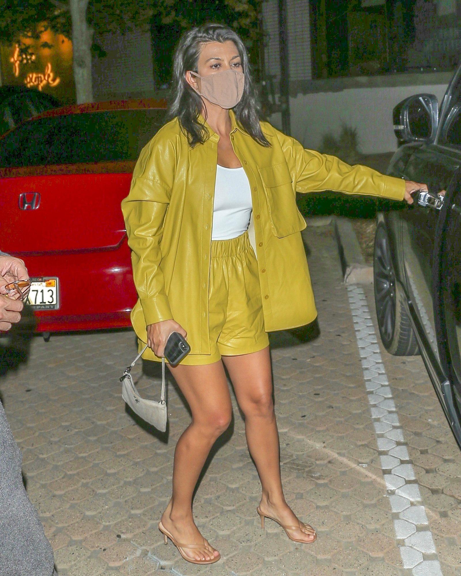 Kourtney Kardashian, look, estilo