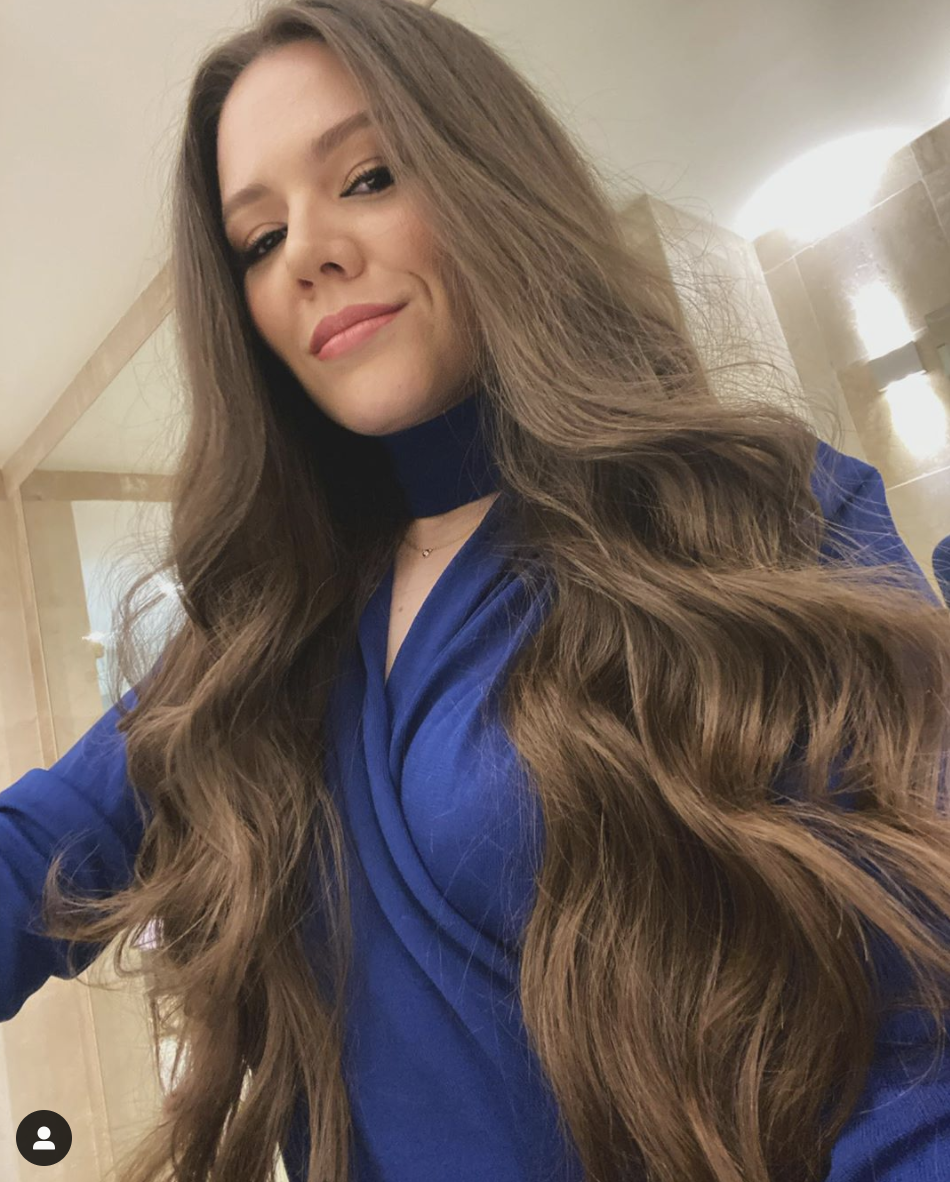 joy cabello largo rapunzel