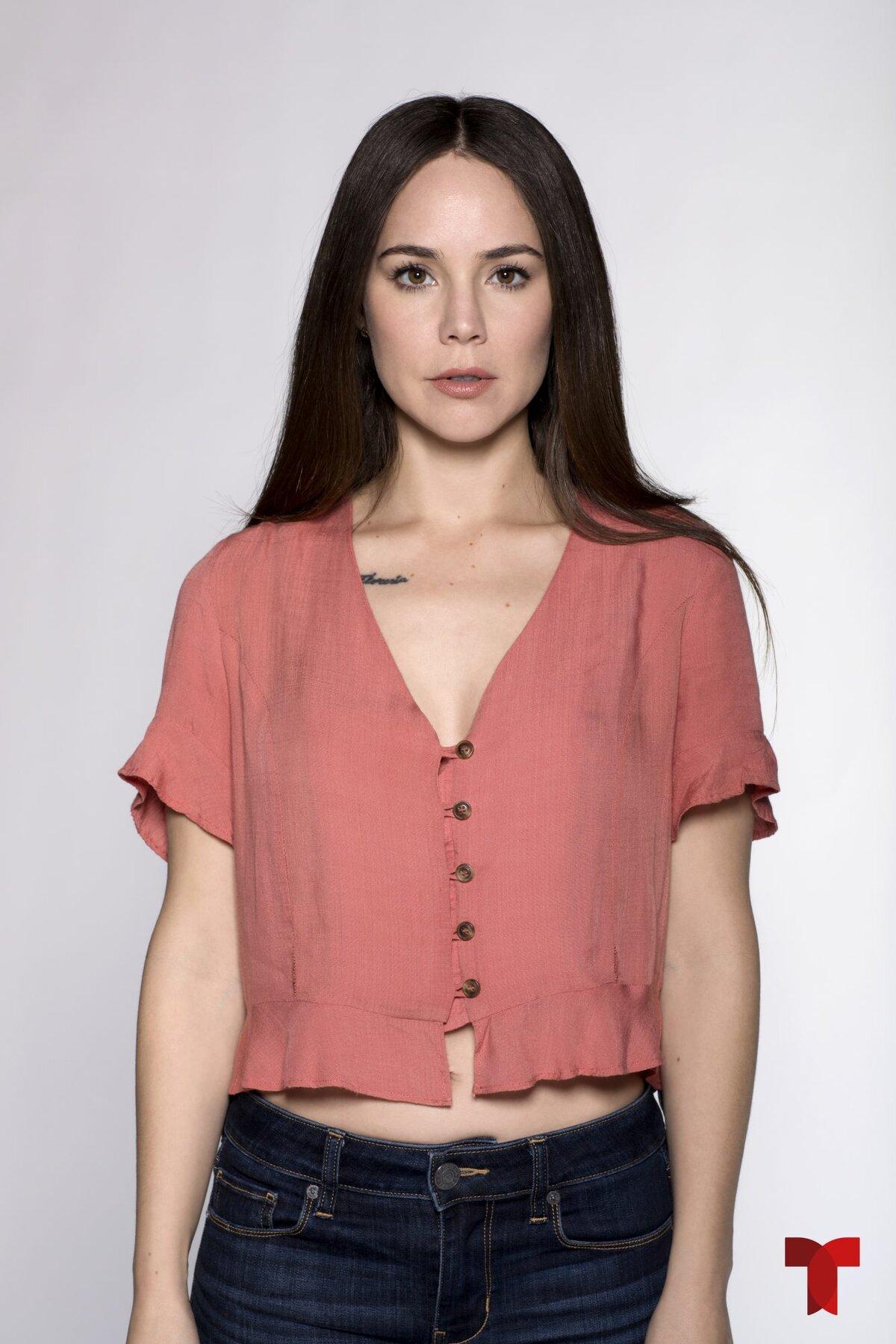 Isabel Fernández - Camila Sodi