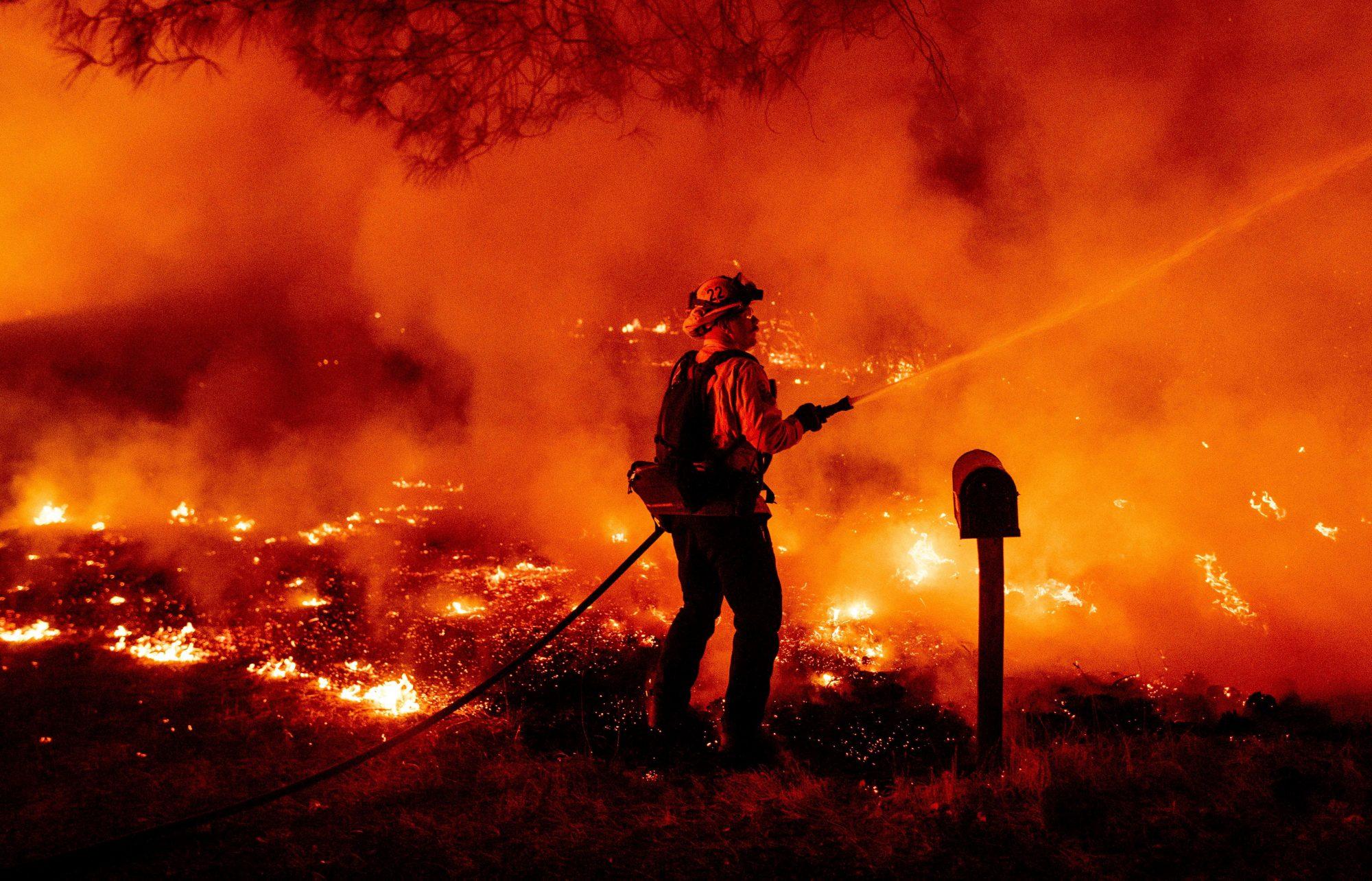 Los incendios en la Costa Oeste siguen avanzando | People en Español