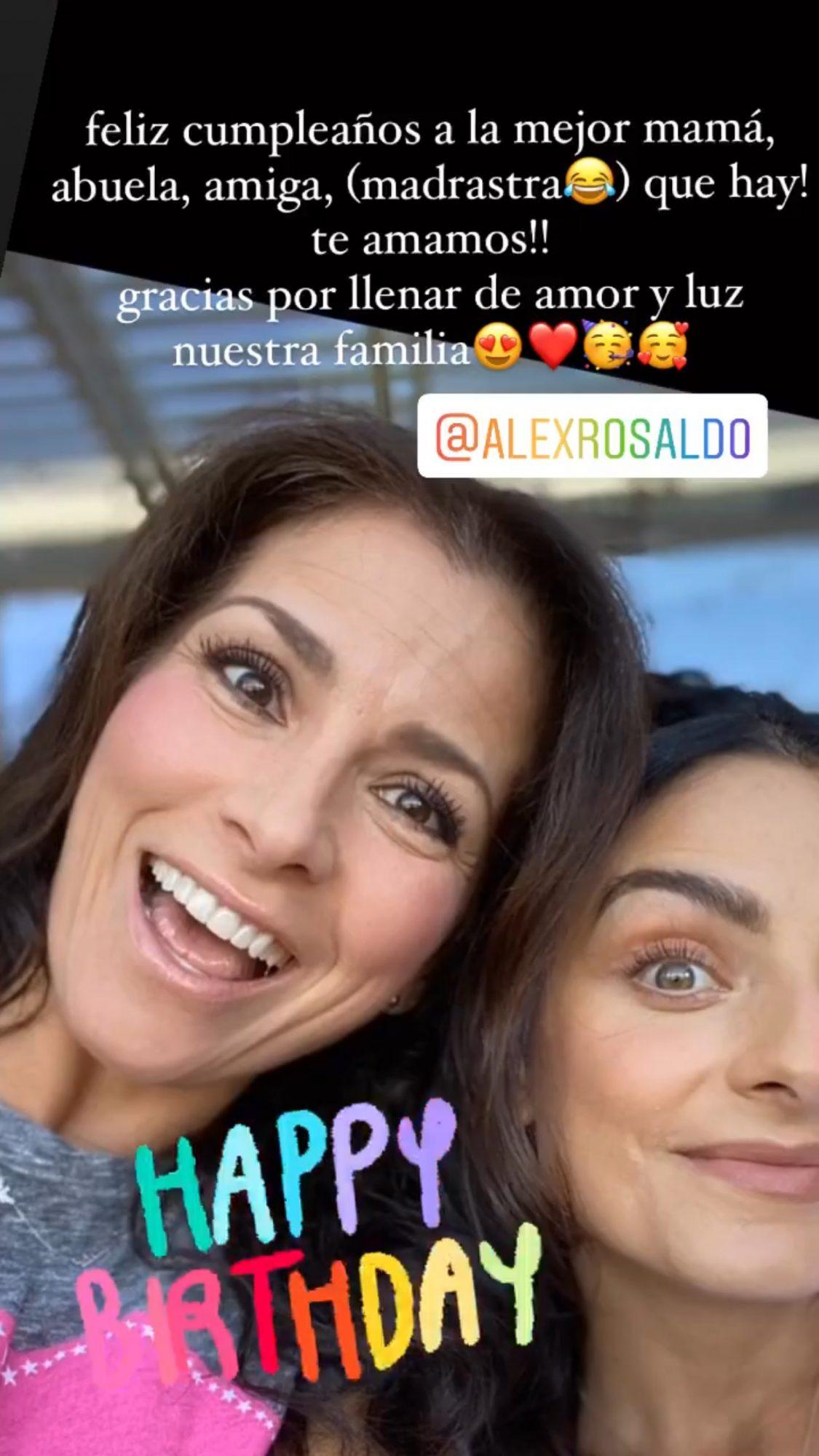 Aislinn Derbez Alessandra Rosaldo