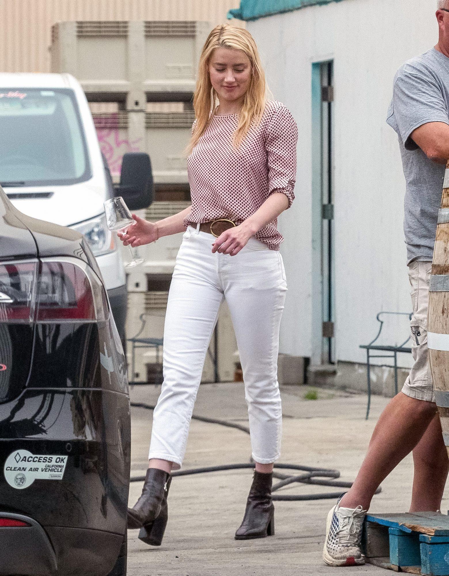 Amber Heard, look, casual