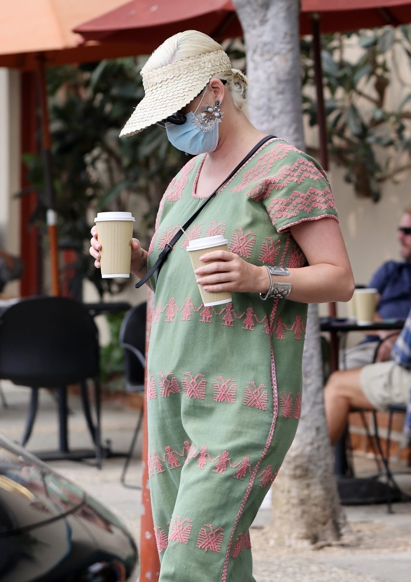 Katy Perry seen for the first time after giving birth to baby Daisy Dove Bloom as she picks up drinks and food and also picks up home goods from a local store