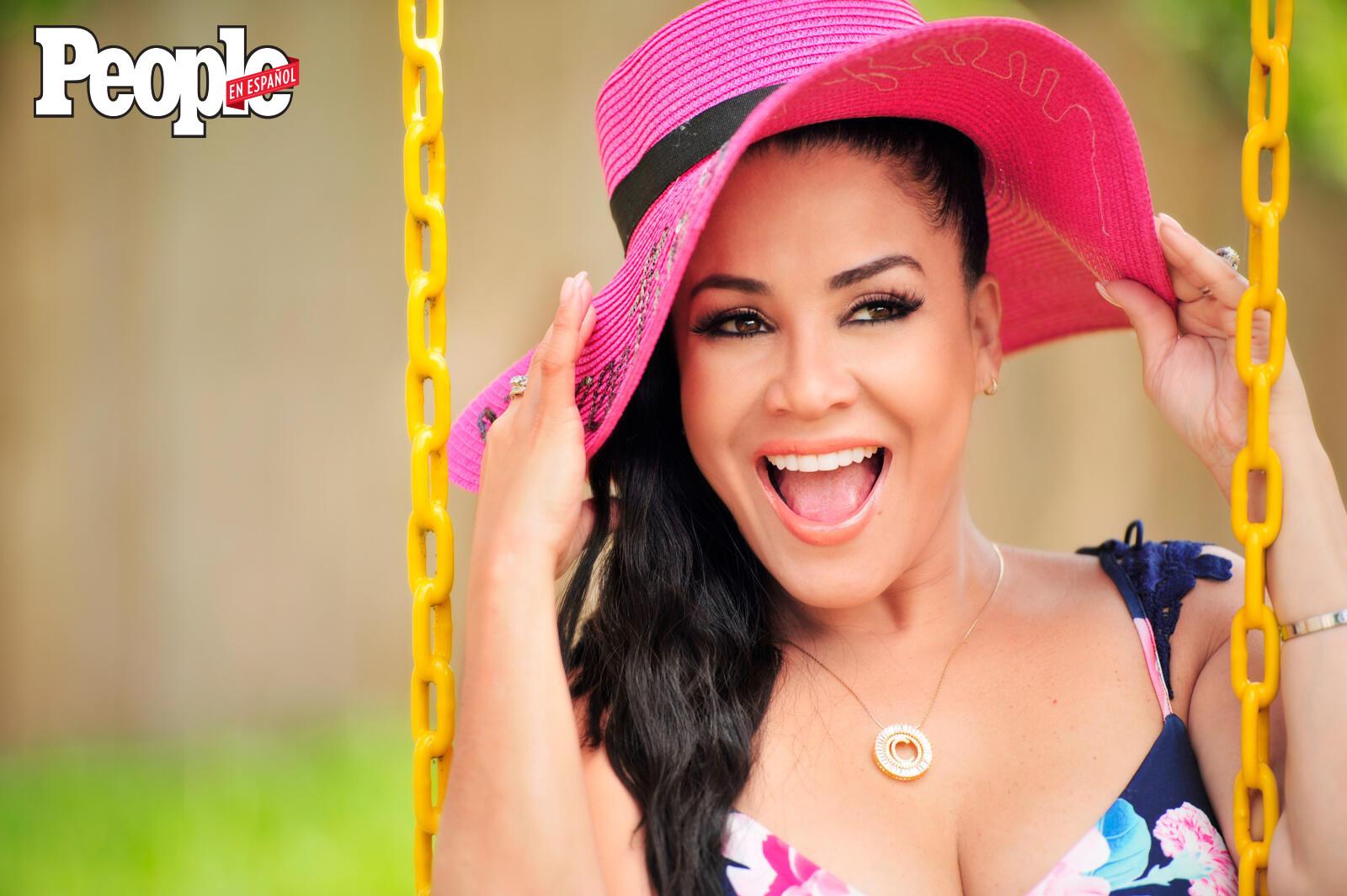 Carolina Sandoval (DO NOT REUSE)