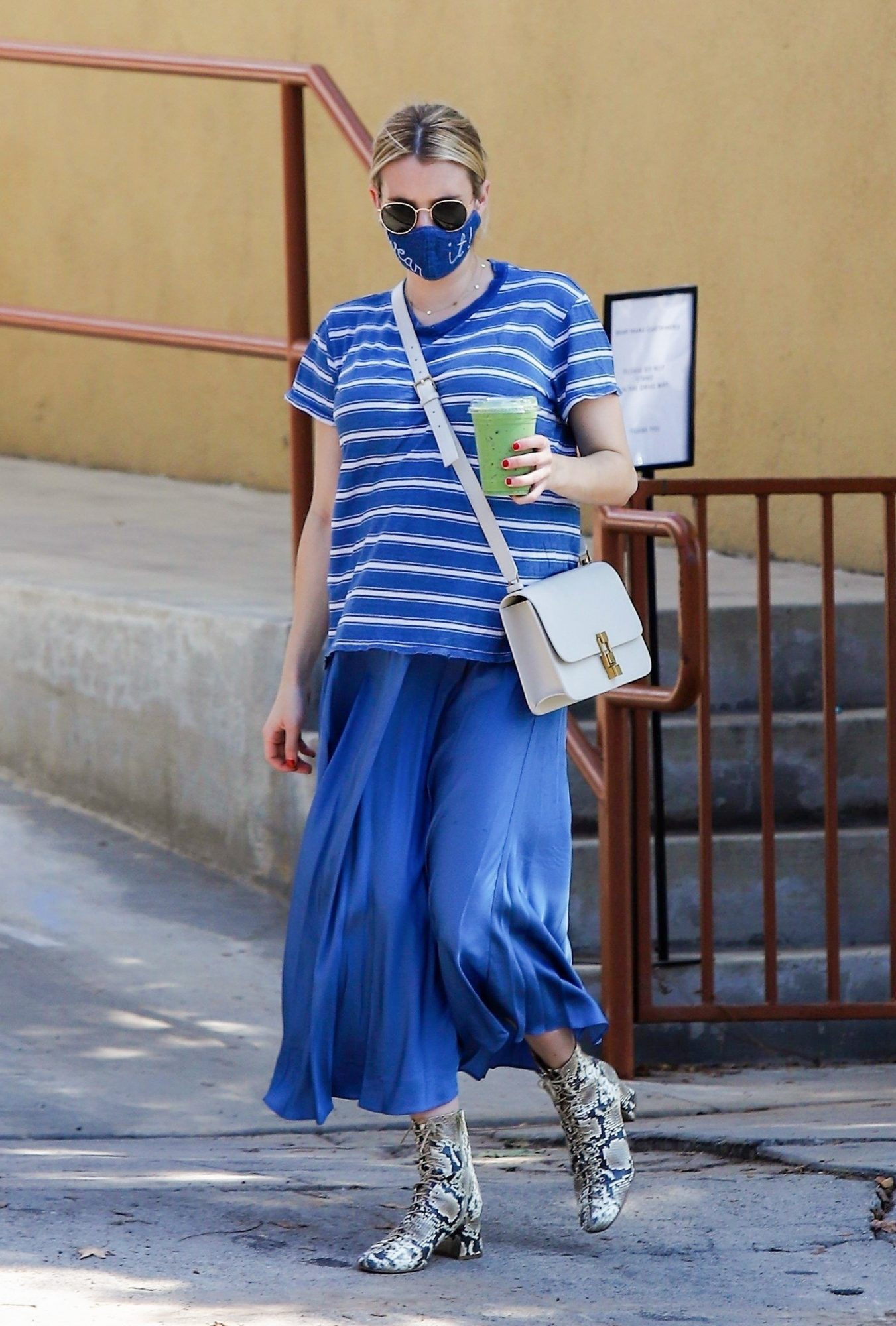 Emma Roberts, look, embarazo, otono, los angeles