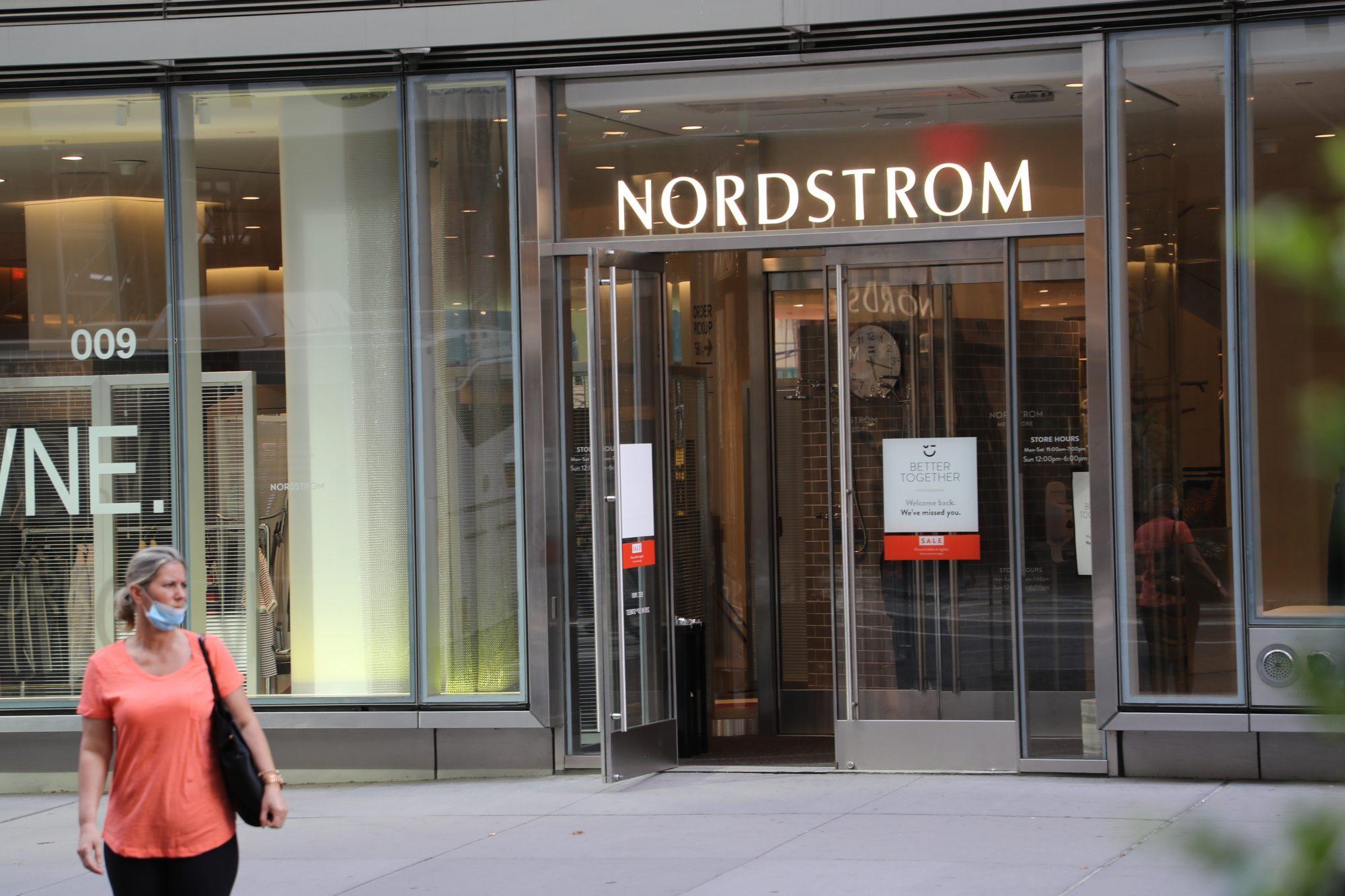 Nordstrom, noticias, fur, no pieles, animales exoticos