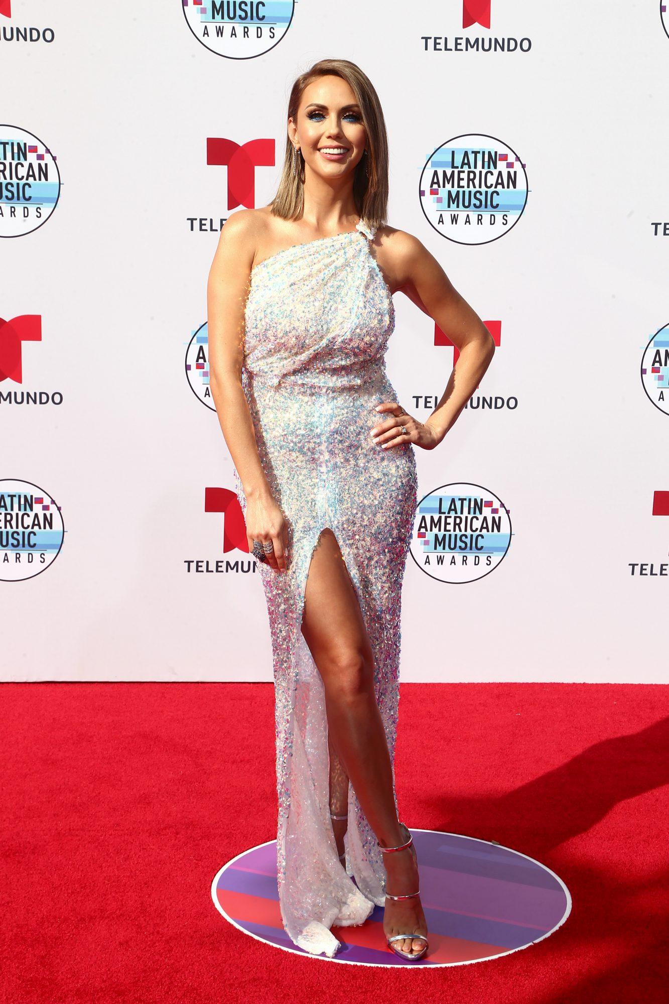 Jessica Carrillo - Fashion