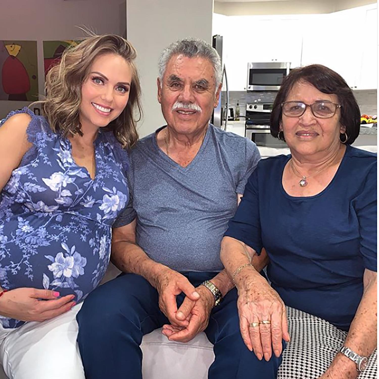 Jessica Carrillo padres