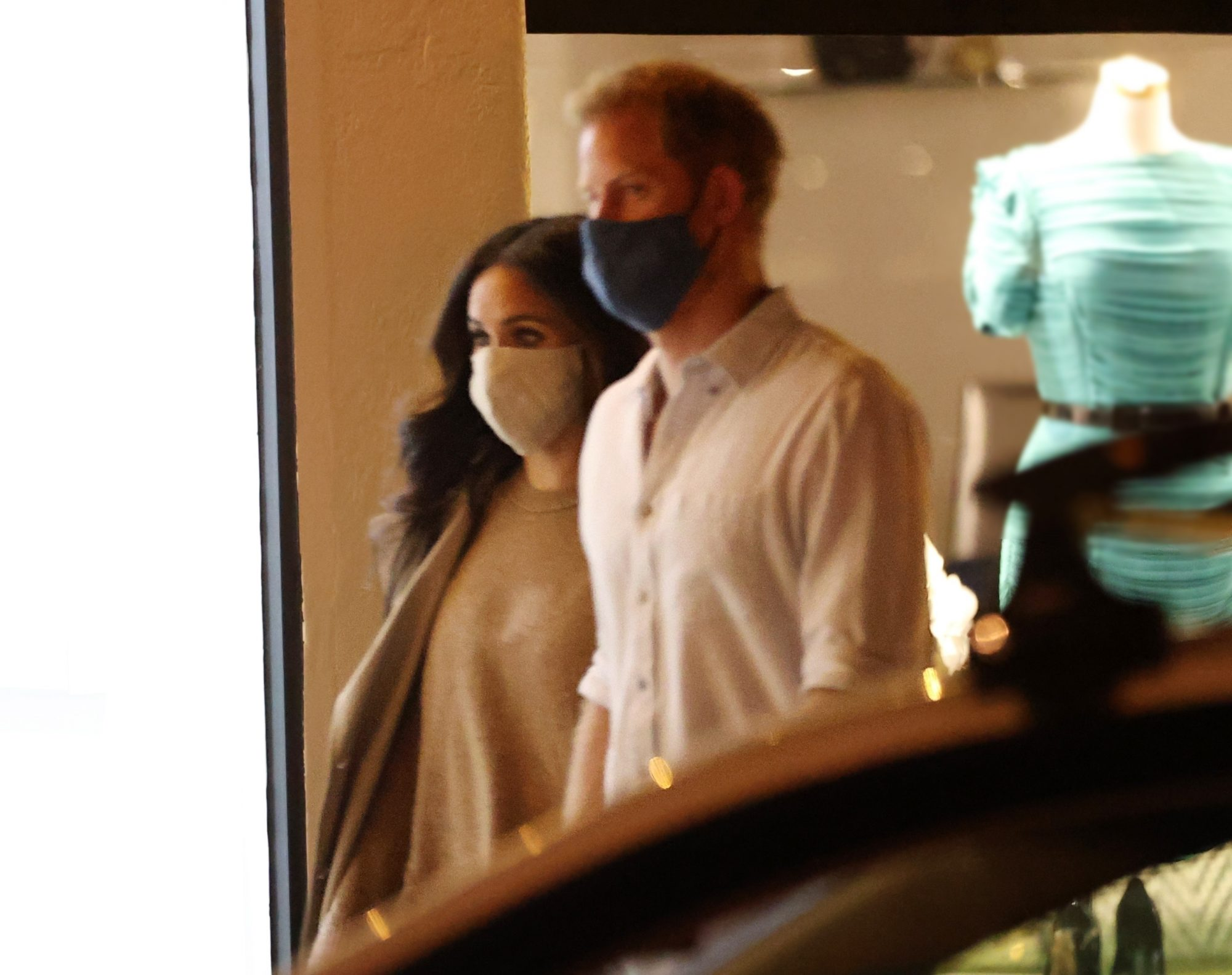 Prince Harry and Meghan Markle are spotted enjoying a double date with friends Katherine McPhee and David Foster in Santa Barbara.