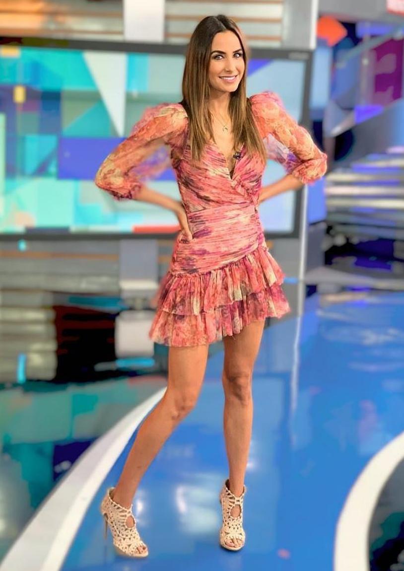 Odalys Ramirez, look, Cuentamelo Ya, vestido