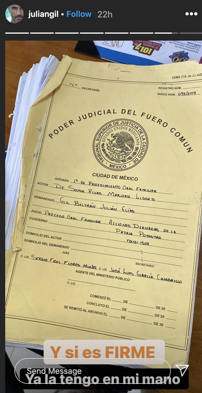 Julián Gil y documentos legales