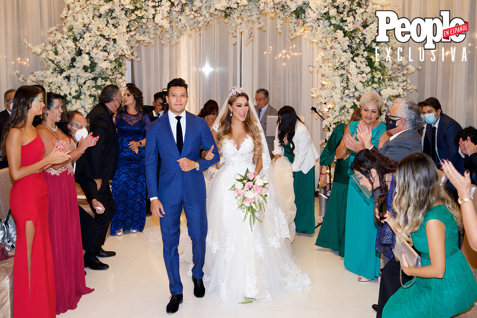 Ninel Conde y Larry Ramos Boda – DO NOT REUSE
