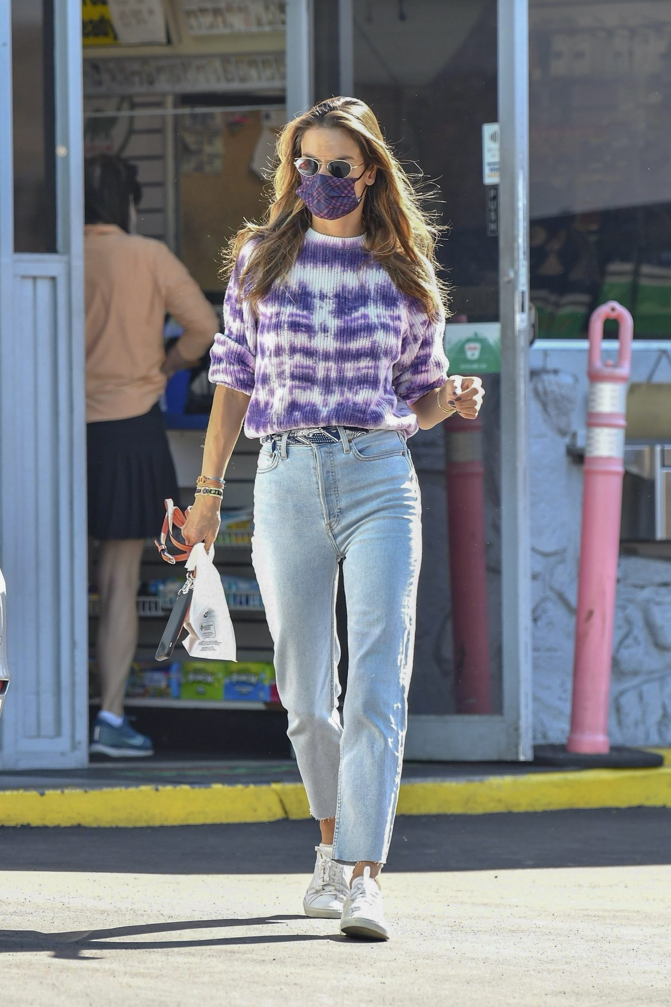 Alessandra Ambrosio, look, streetstyle, casual