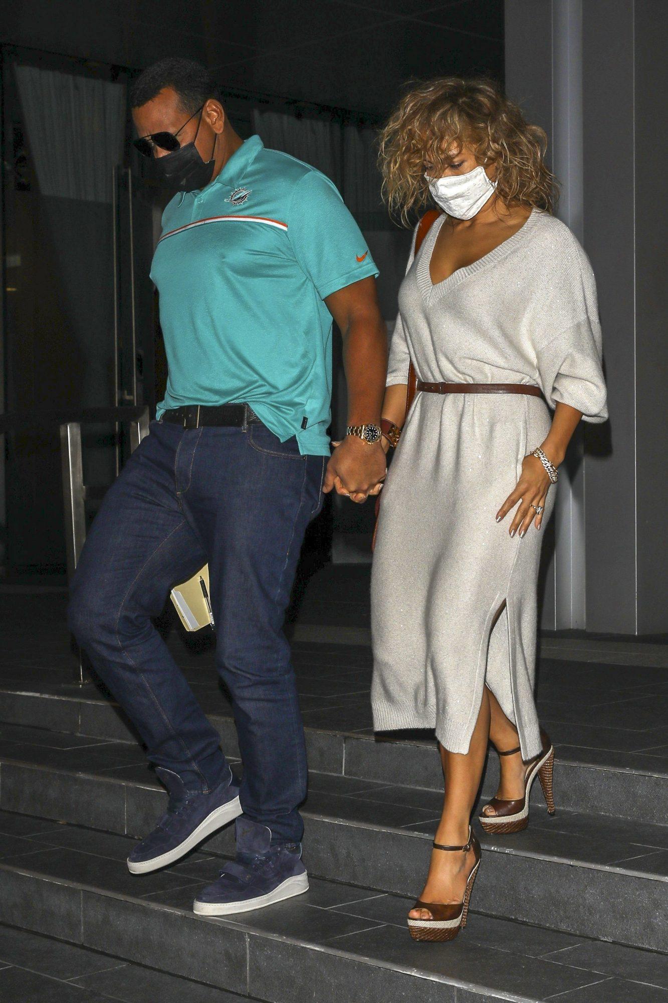 Jennifer Lopez, JLo, look, cena, pareja