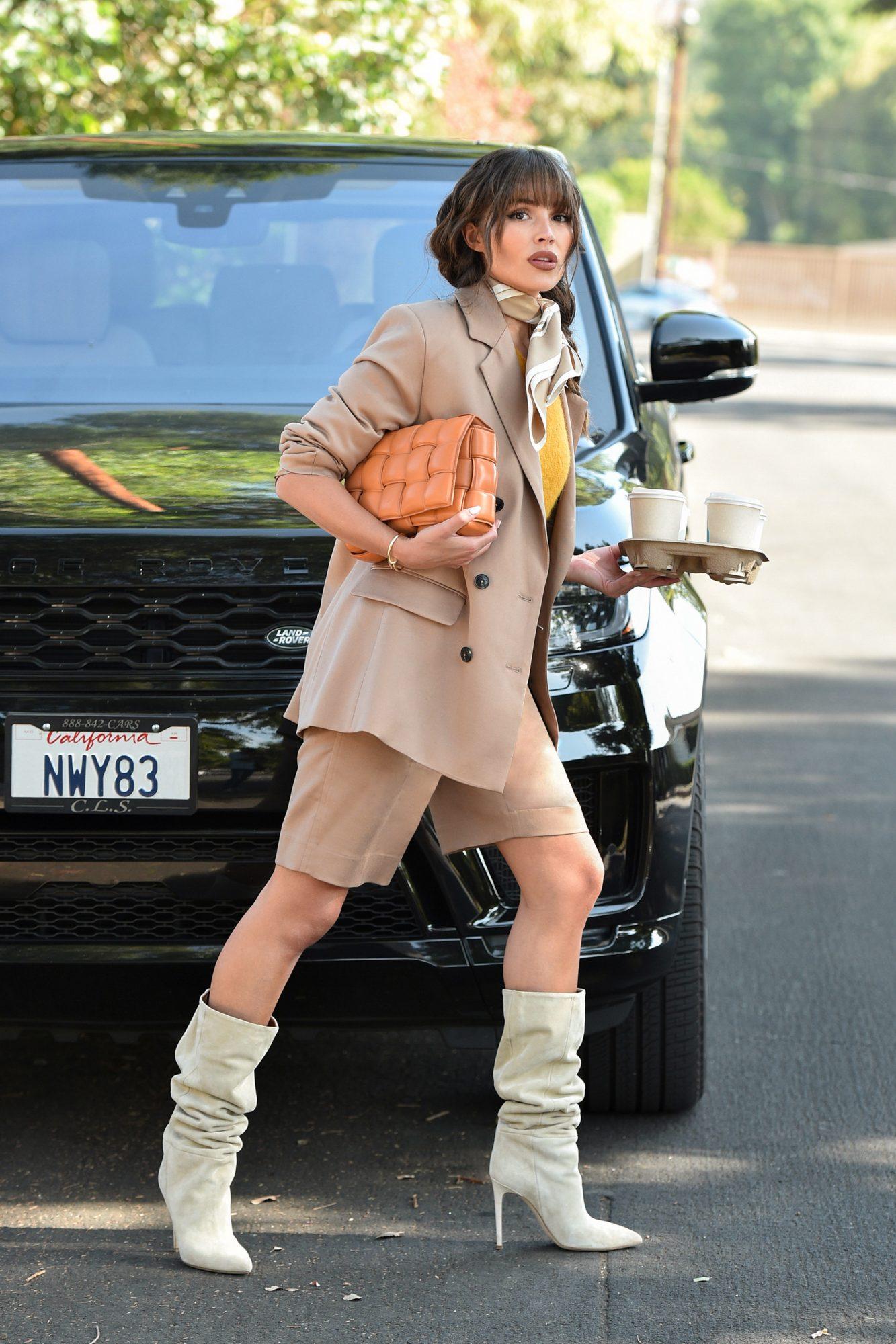 Olivia Culpo, look, otono, streetstyle