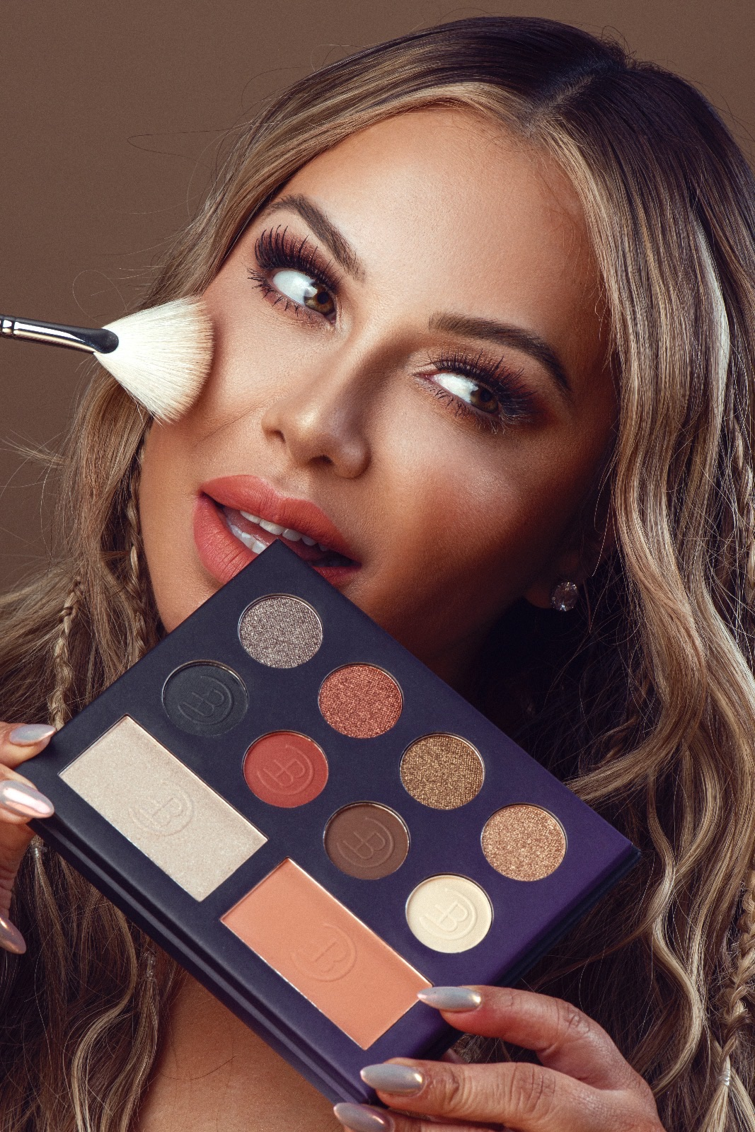 Chiquis makeup - DO NOT REUSE