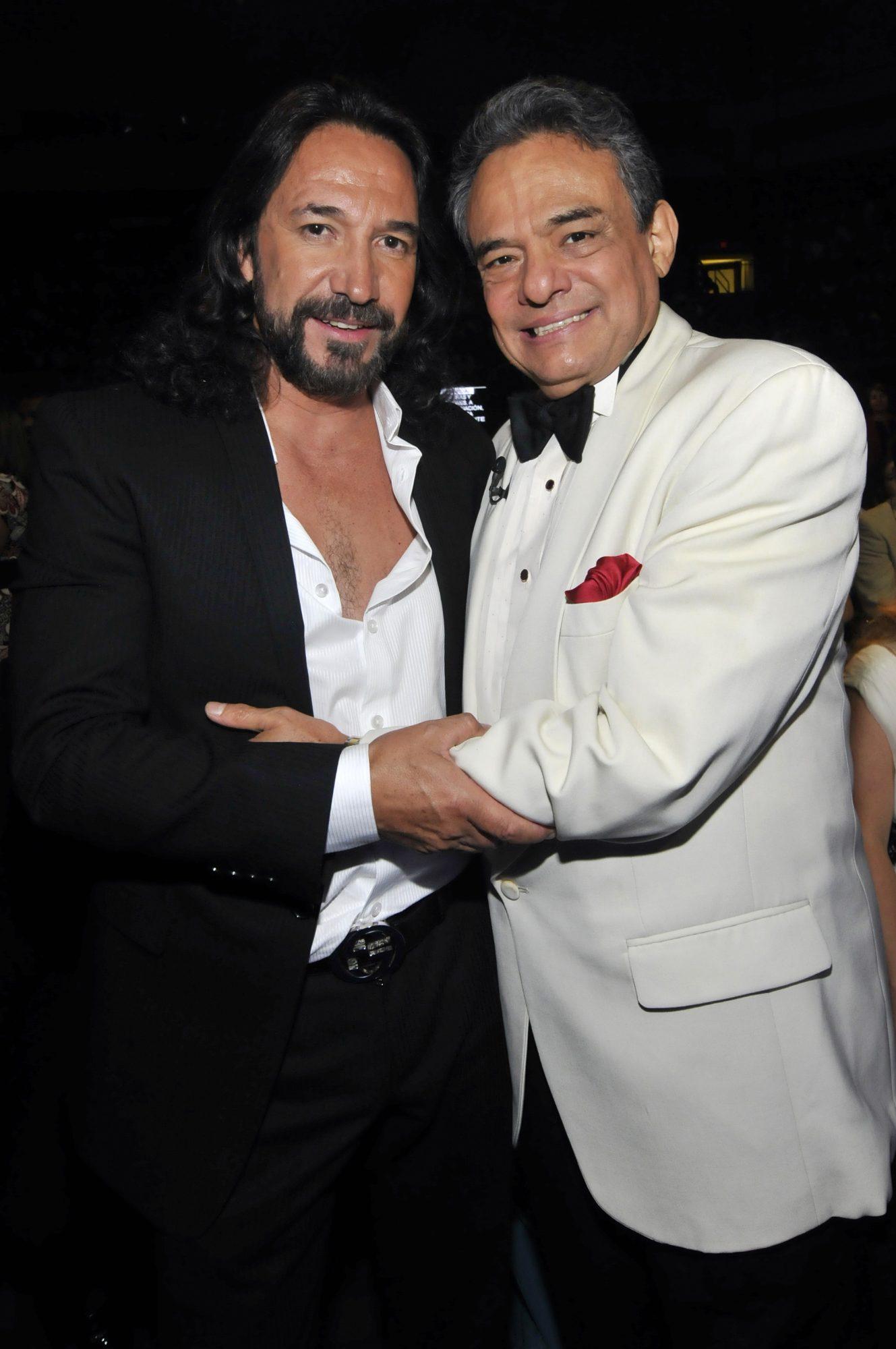 Marco Antonio Solis y Jose Jose
