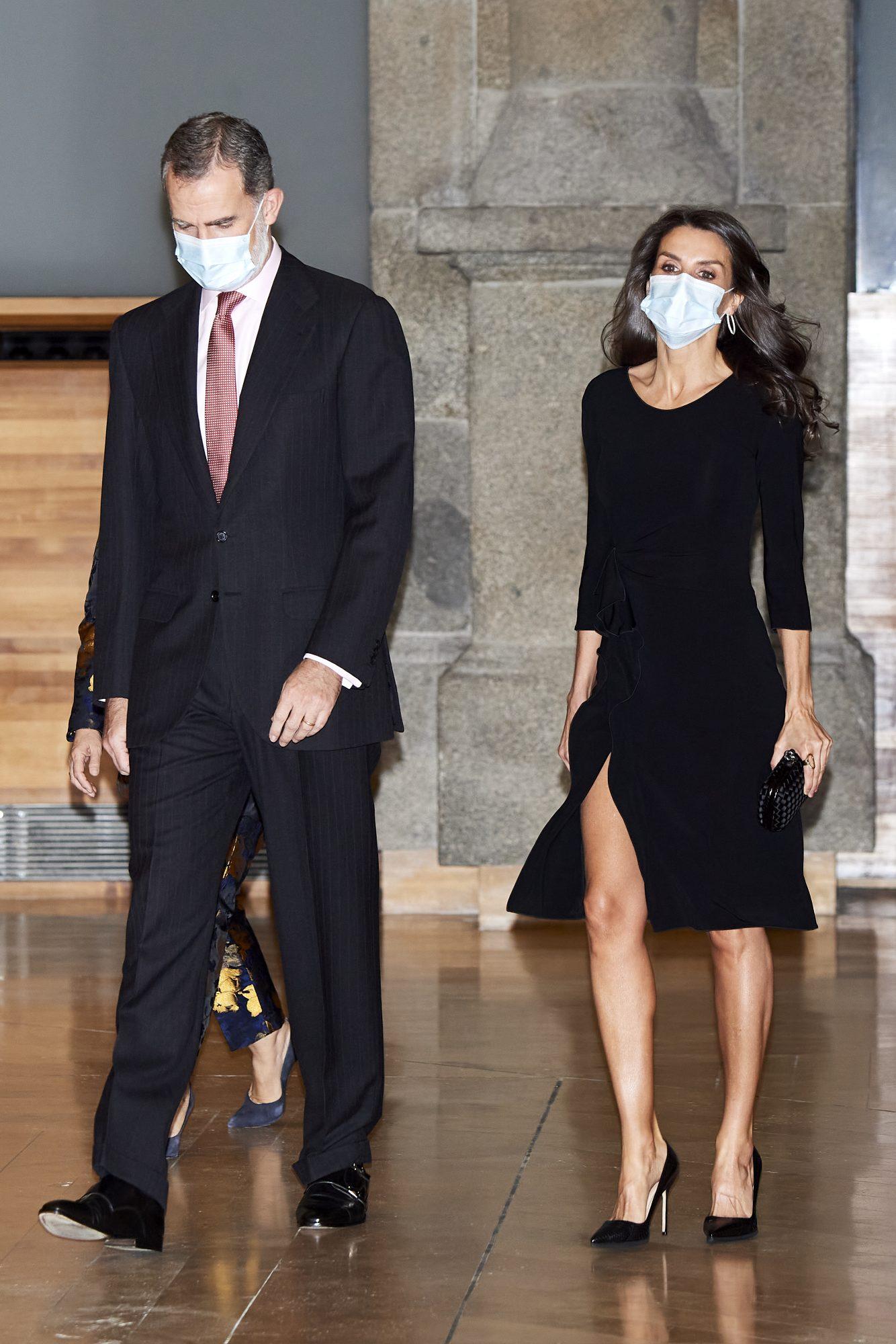 Reina Letizia, look, sexy, vestido reciclado, piernas