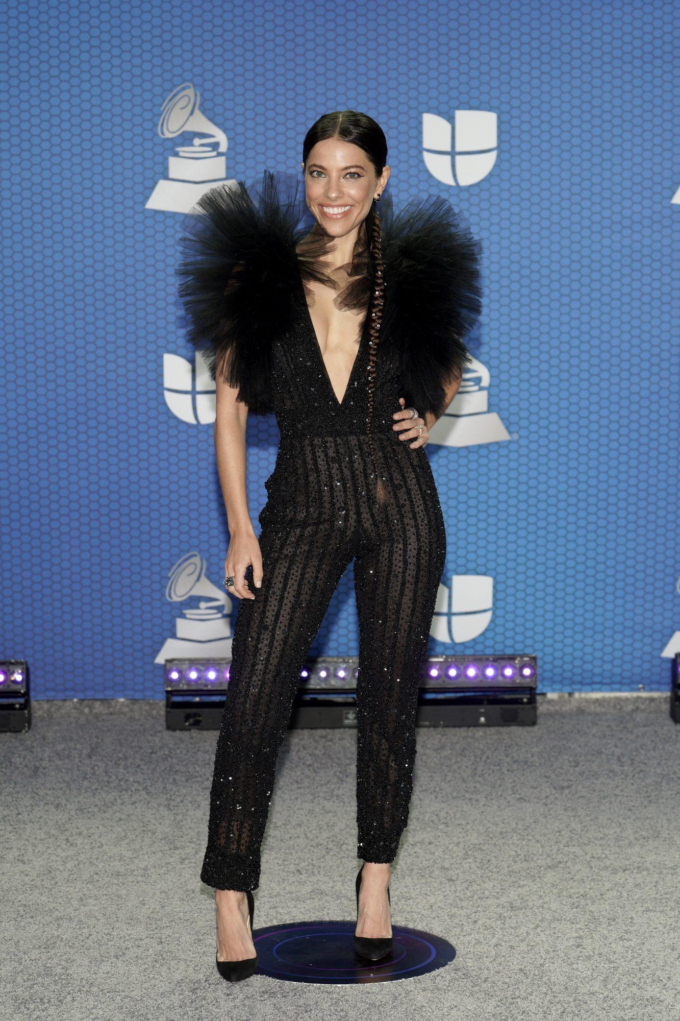 Debi Nova, look, Latin Grammy 2020