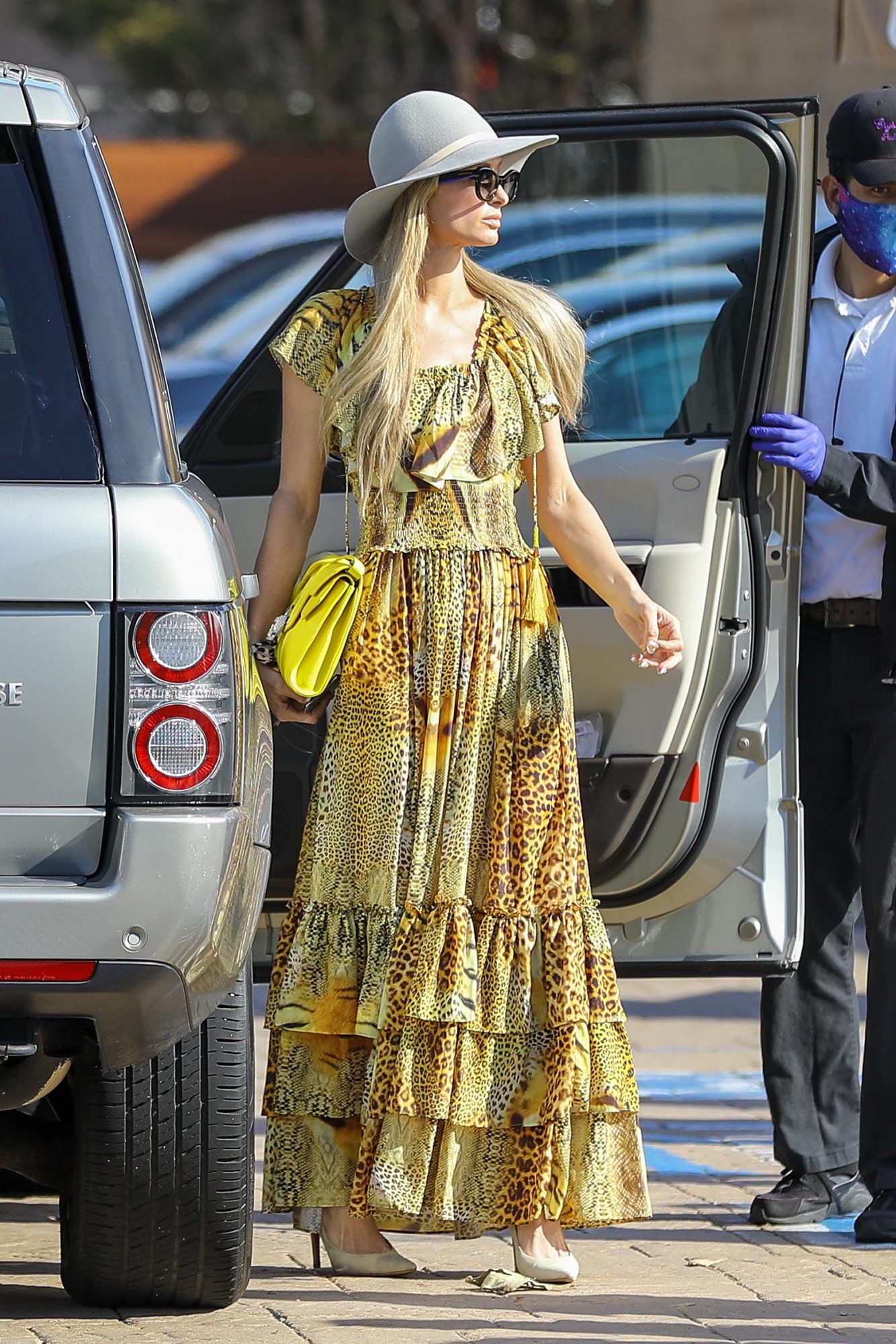 Paris Hilton, look, streetstyle