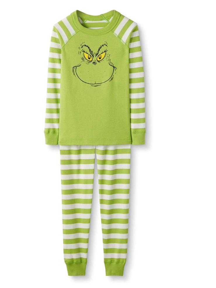 Encontramos los mismos pijamas que usaron Kylie Jenner y su hija en el video que se volvió viral