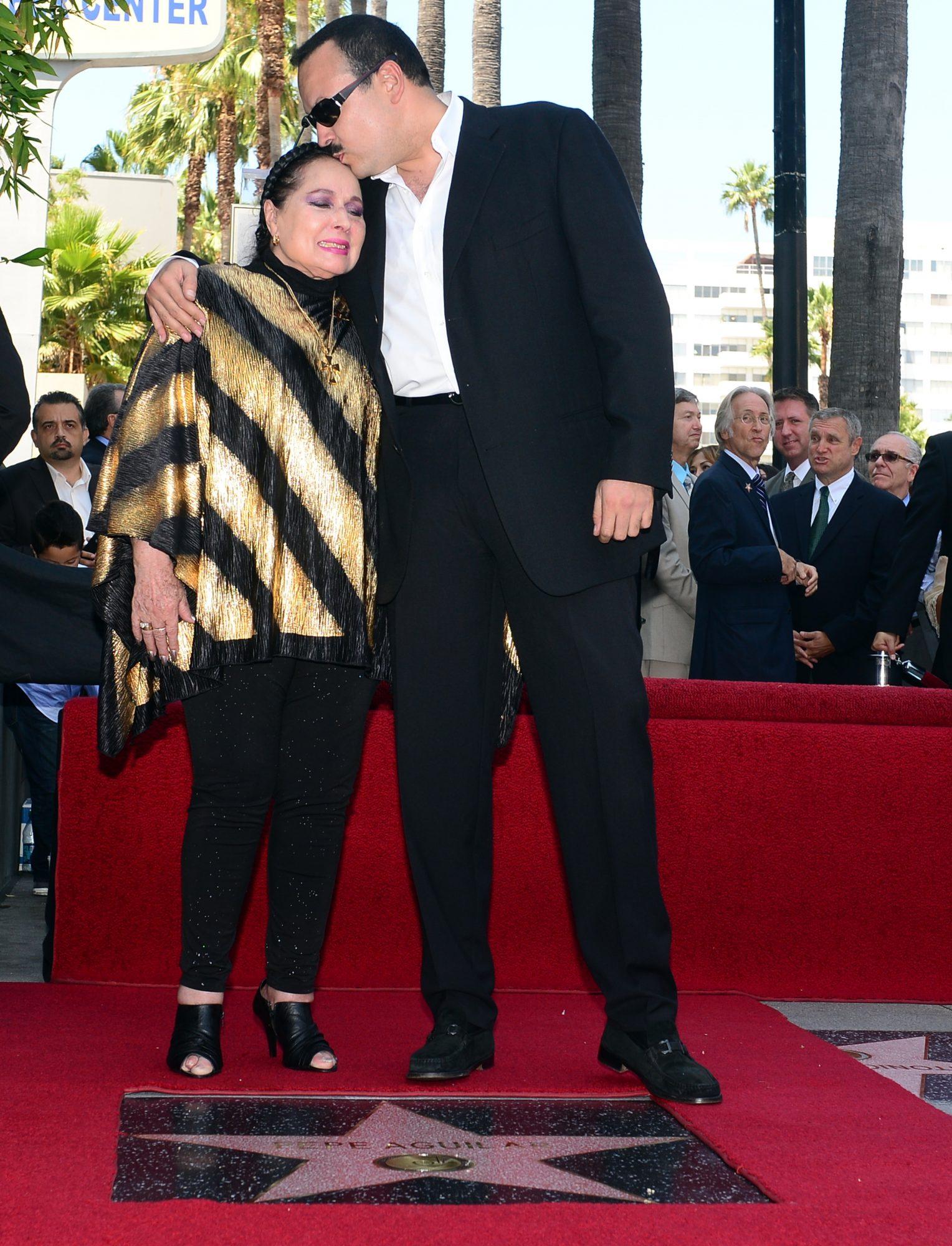 Pepe Aguilar y su mamá Flor Silvestre