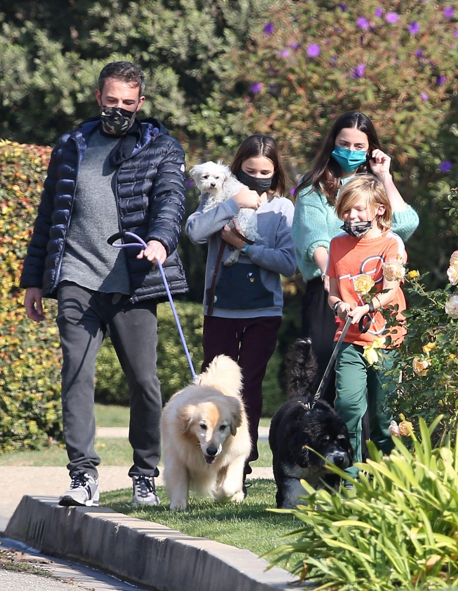 Ben Affleck & Ana de Armas Taking Seraphina & Samuel Affleck to Walk the Dogs