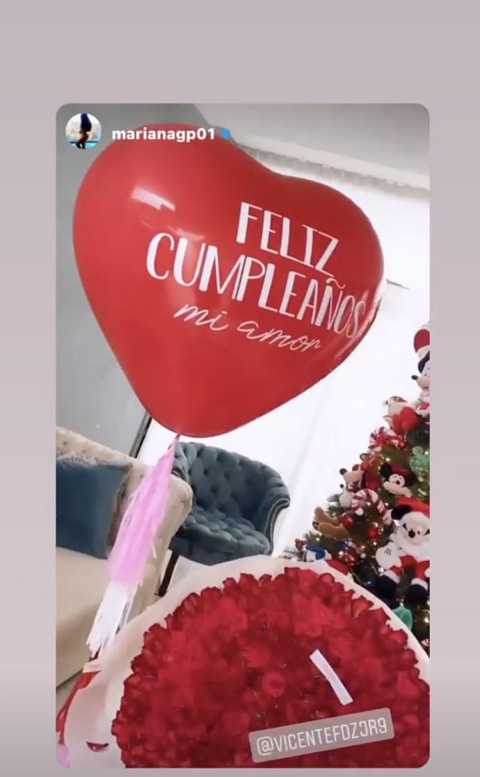 Regalo de Vicente Fernández Jr. a su novia